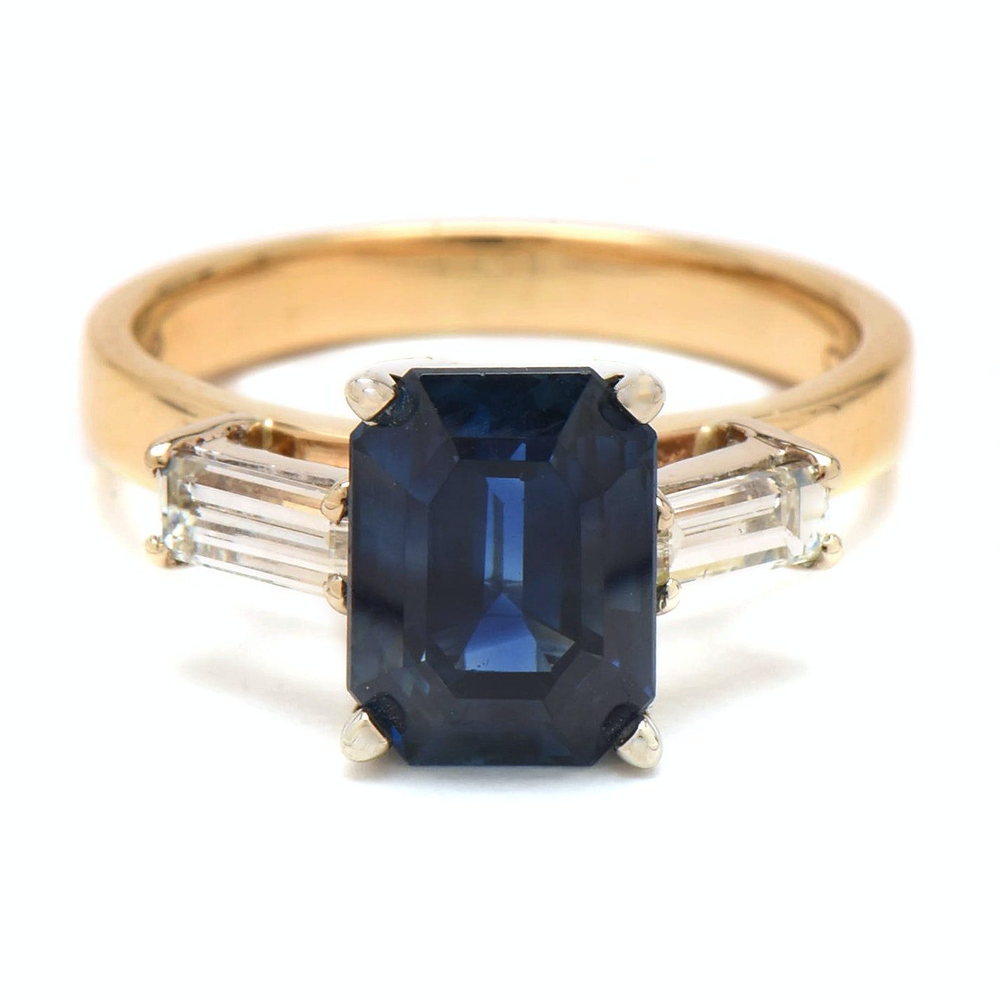 14K Yellow Gold 3.84 CT Sapphire and Diamond Ring with AGL Prestige Report