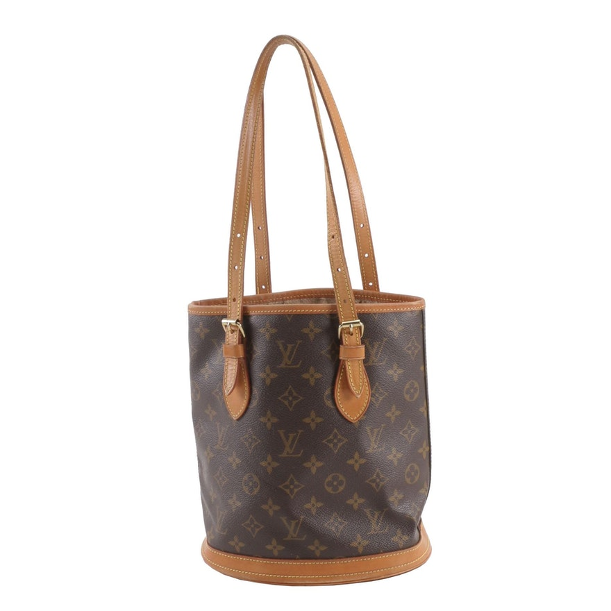 1e2f2cefb8 1997 Vintage Louis Vuitton Paris Monogram Canvas Marais PM Bucket Bag with  Pouch