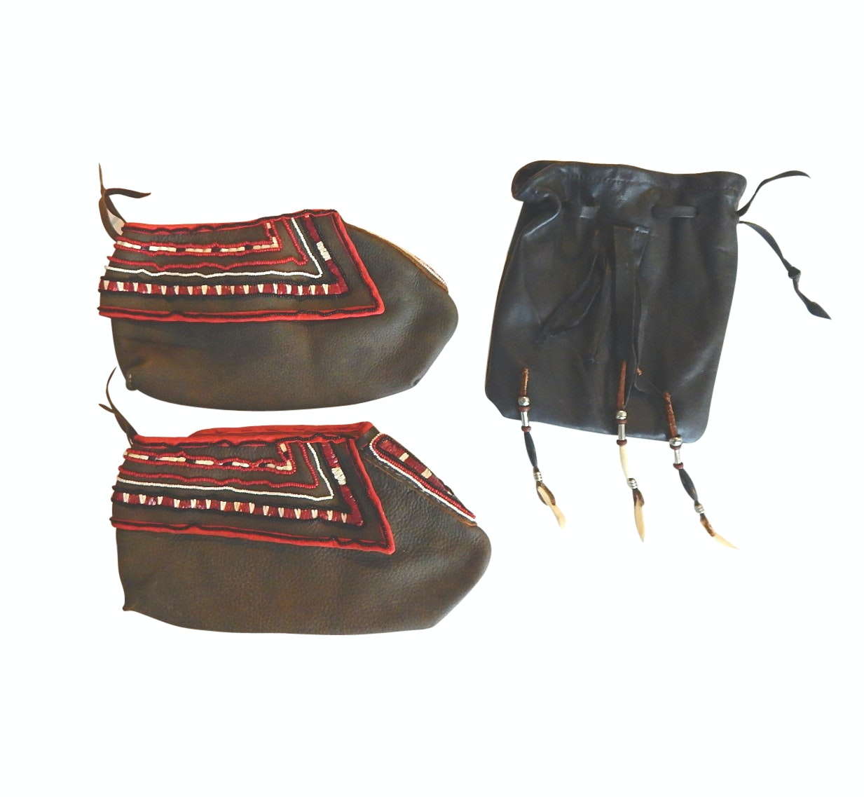 Plains Style Leather Shoes with Beading and Leather and Black Leather Purse
