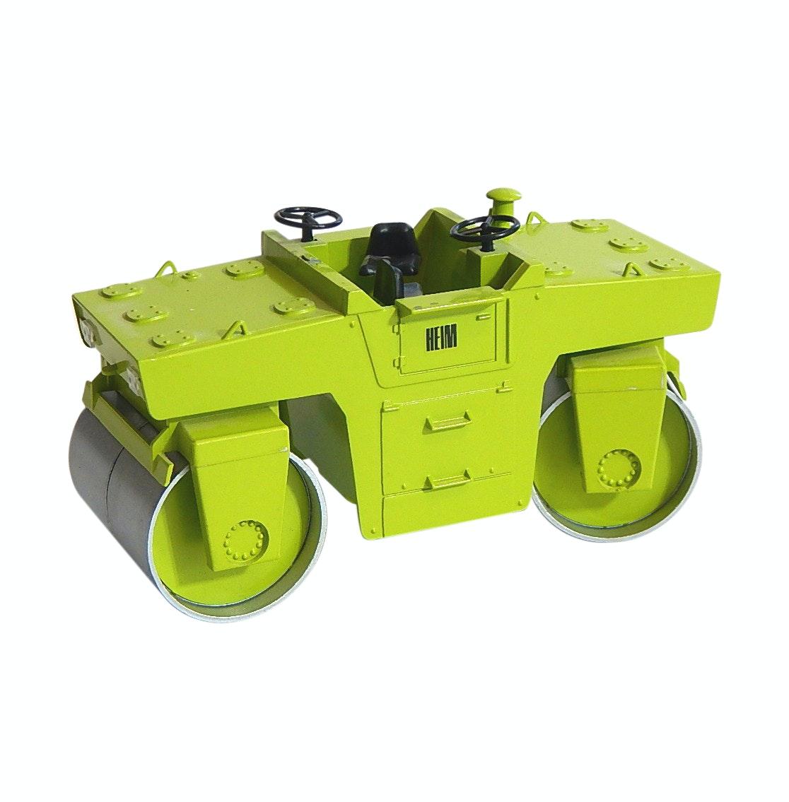 NZG 1:25 No. 224 Vibrating Tandem Roller Die Cast Vehicle