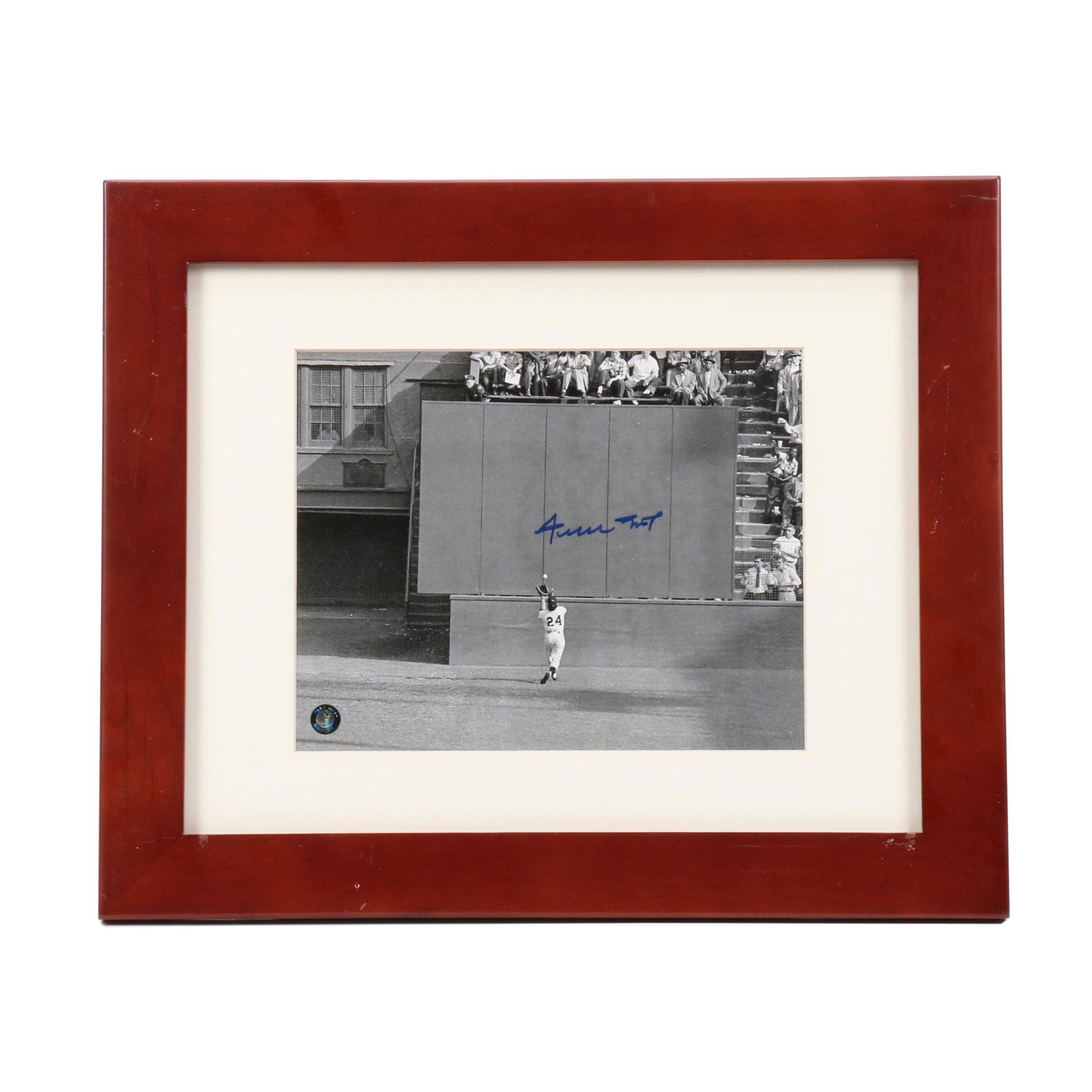 """Willie Mays """"The Catch Over The Shoulder"""" Signed Framed Photo Print Say Hey COA"""