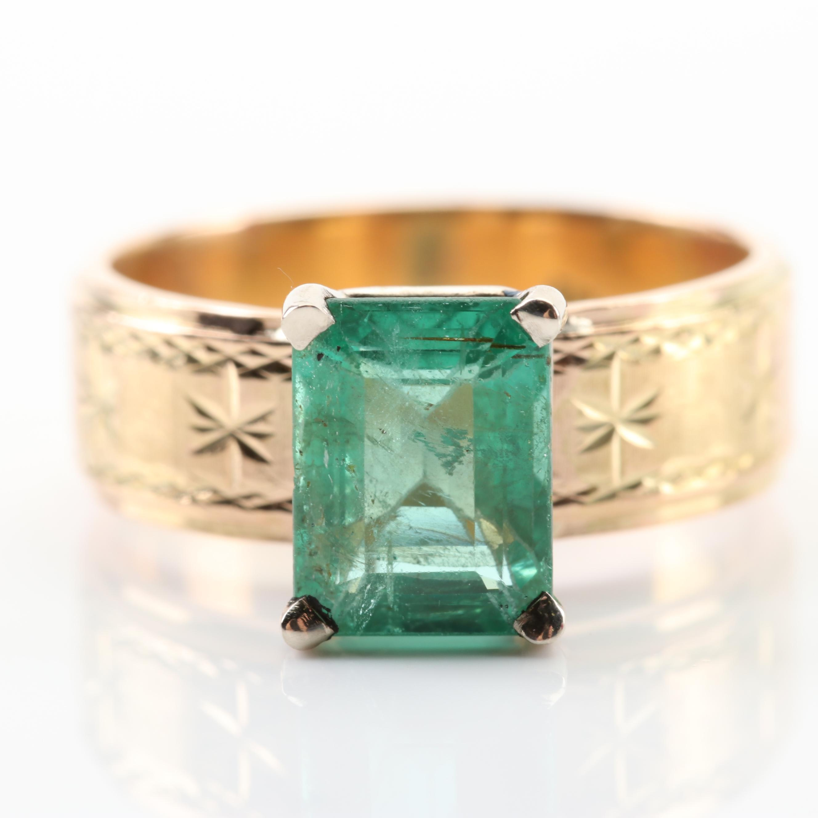18K Yellow Gold 1.61 CT Emerald Ring