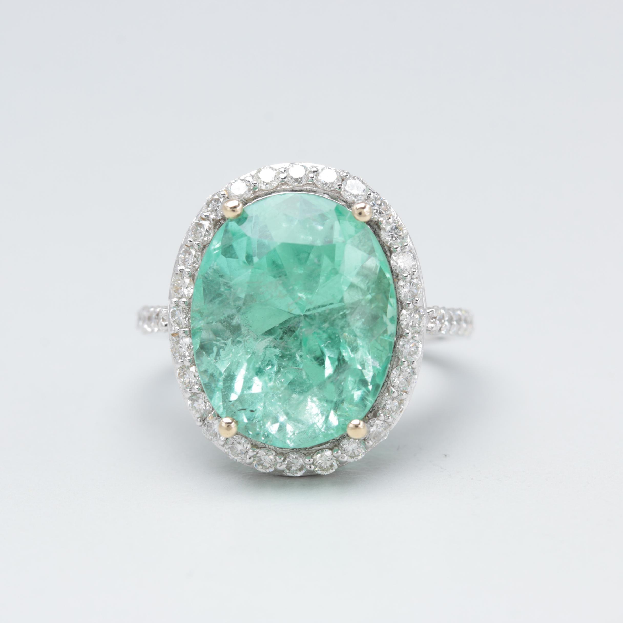 18K White Gold 10.10 CT Green Beryl and Diamond Ring