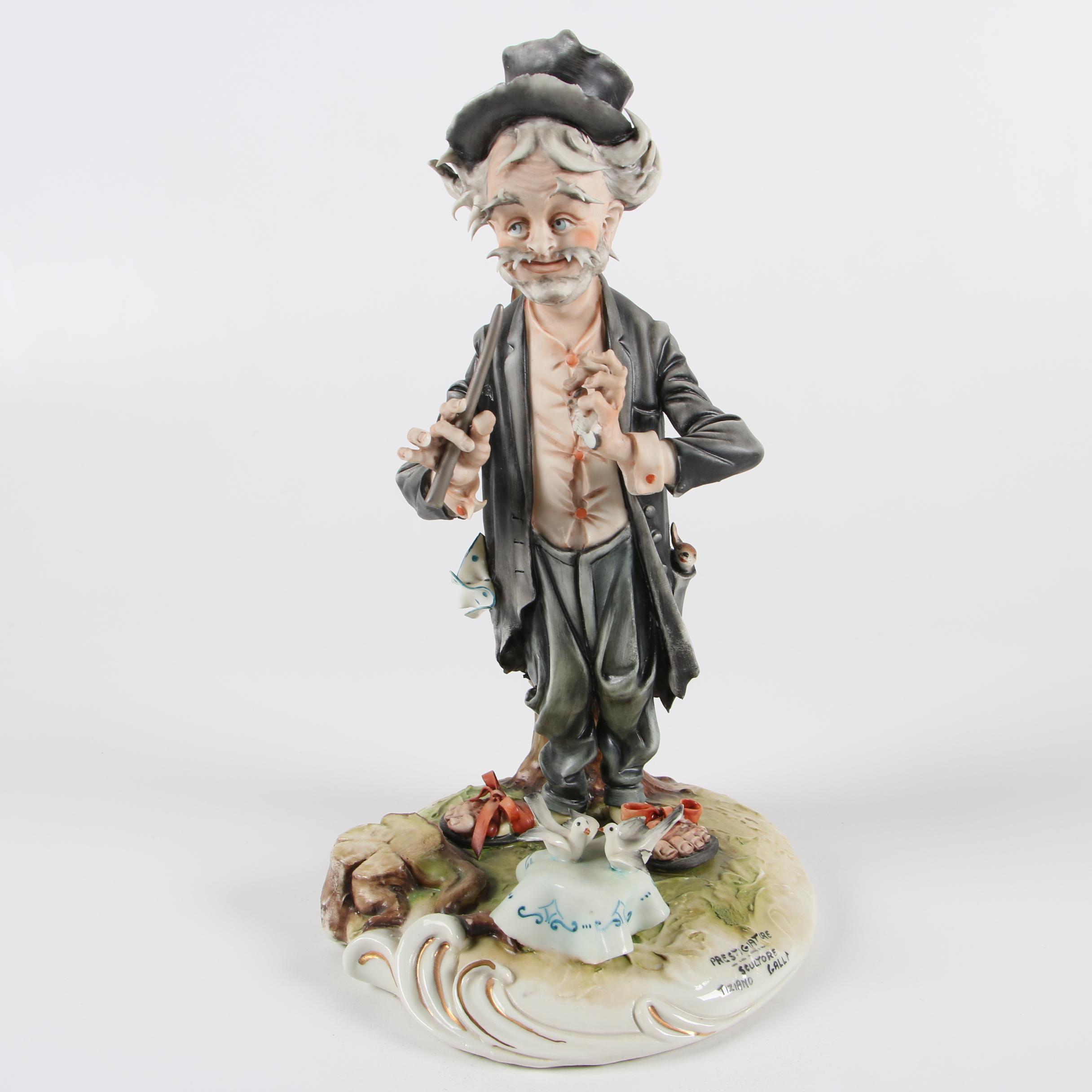 """Capodimonte """"Prestigiatore"""" Figurine by Tiziano Galli"""