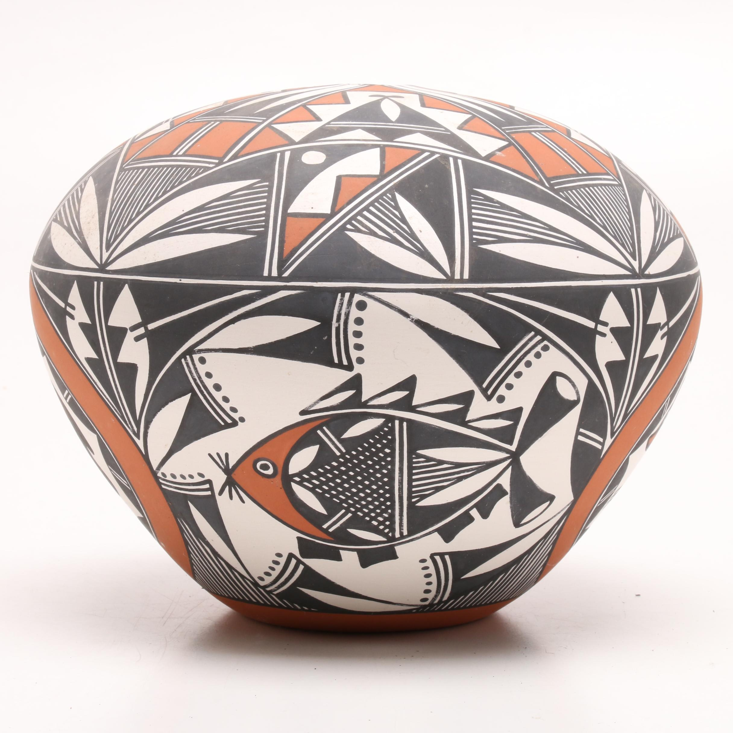Howeya Acoma Hand-Painted Earthenware Seed Pot