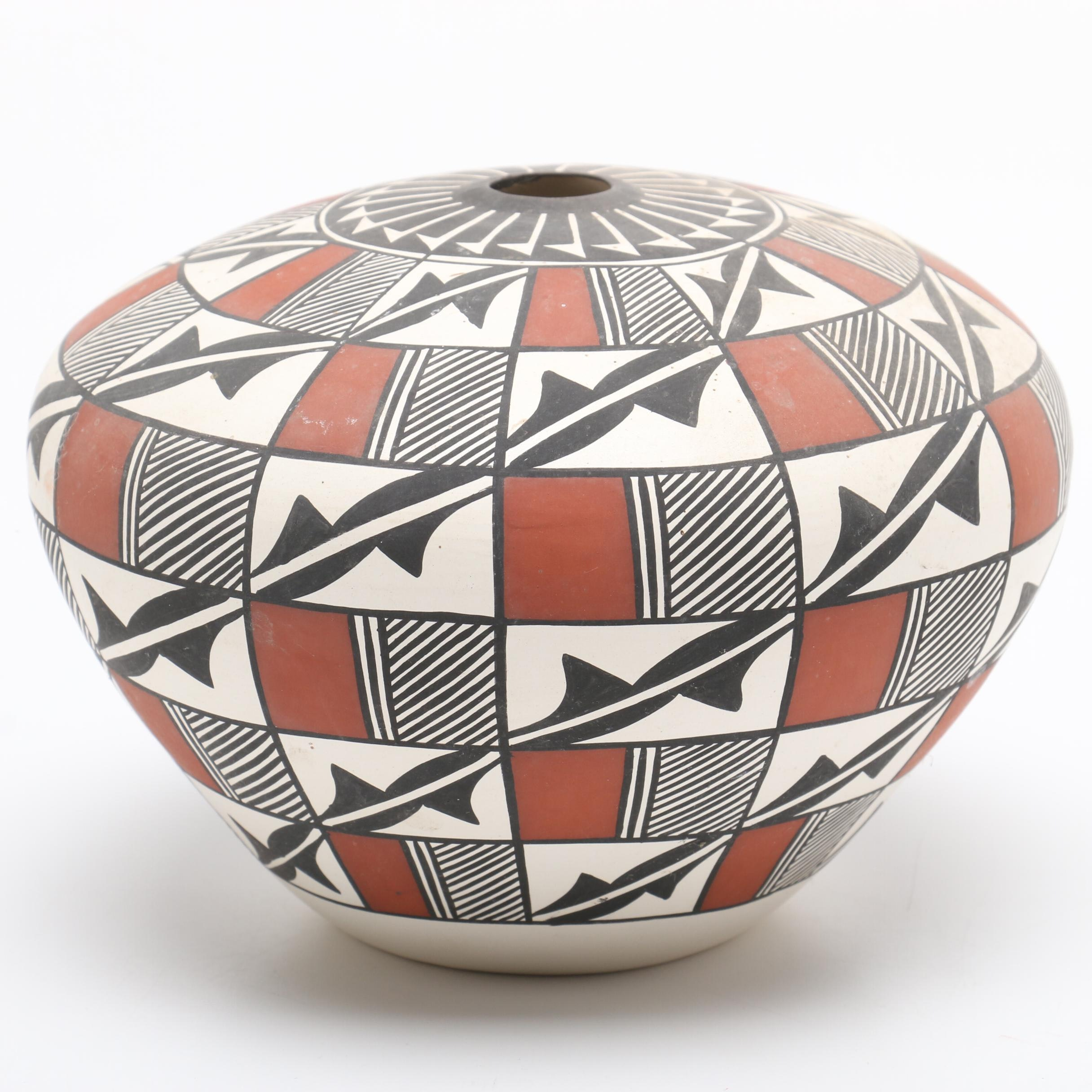 A. Concho Native American Acoma Hand-Painted Earthenware Seed Pot