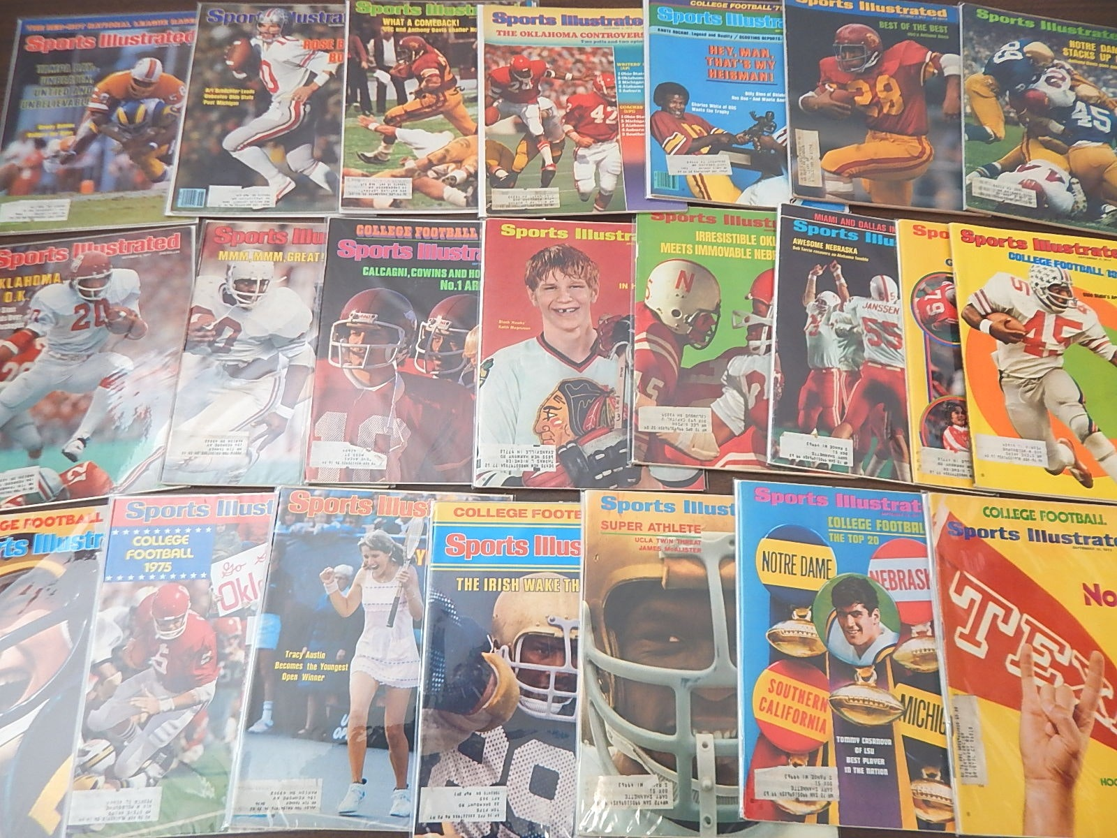 """1970 to 1979 """"Sports Illustrated"""" Magazines Collection"""