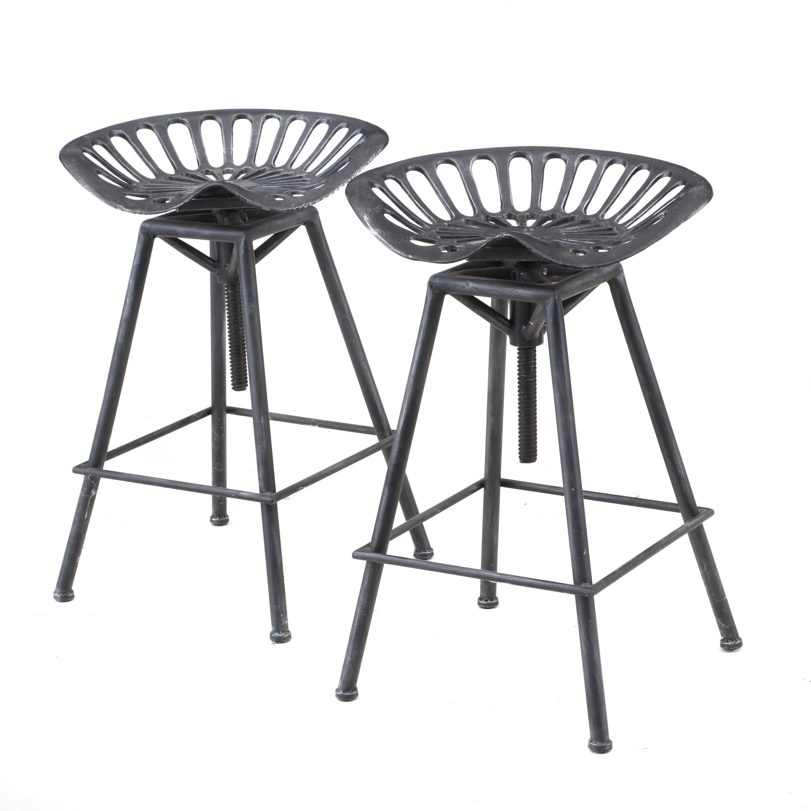 Swivel Tractor Seat Bar Height Metal Stools in Black