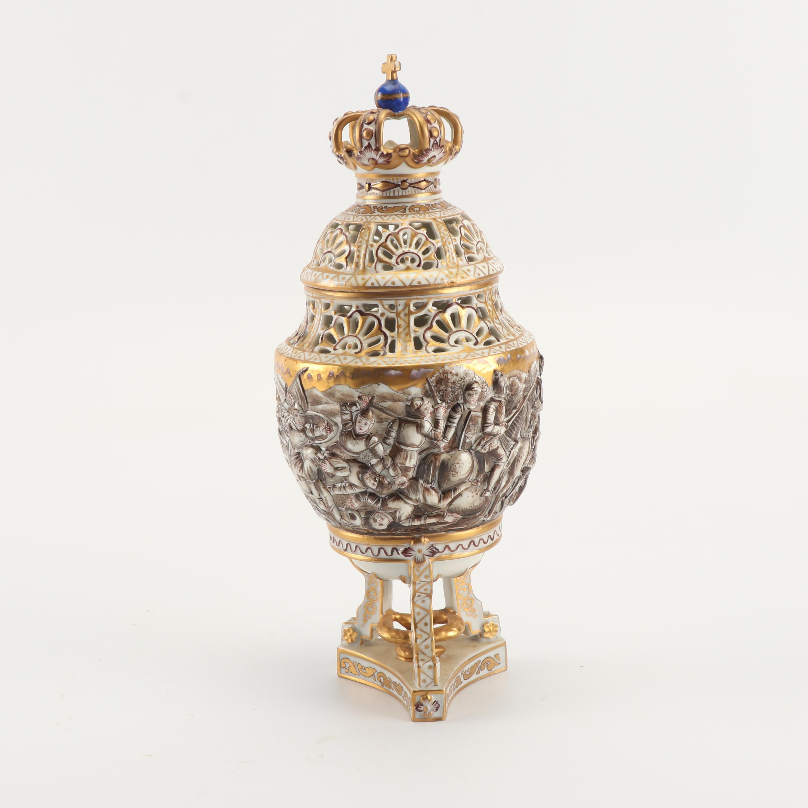 Capodimonte High Relief War Scene Reticulated Covered Urn with Crown Finial