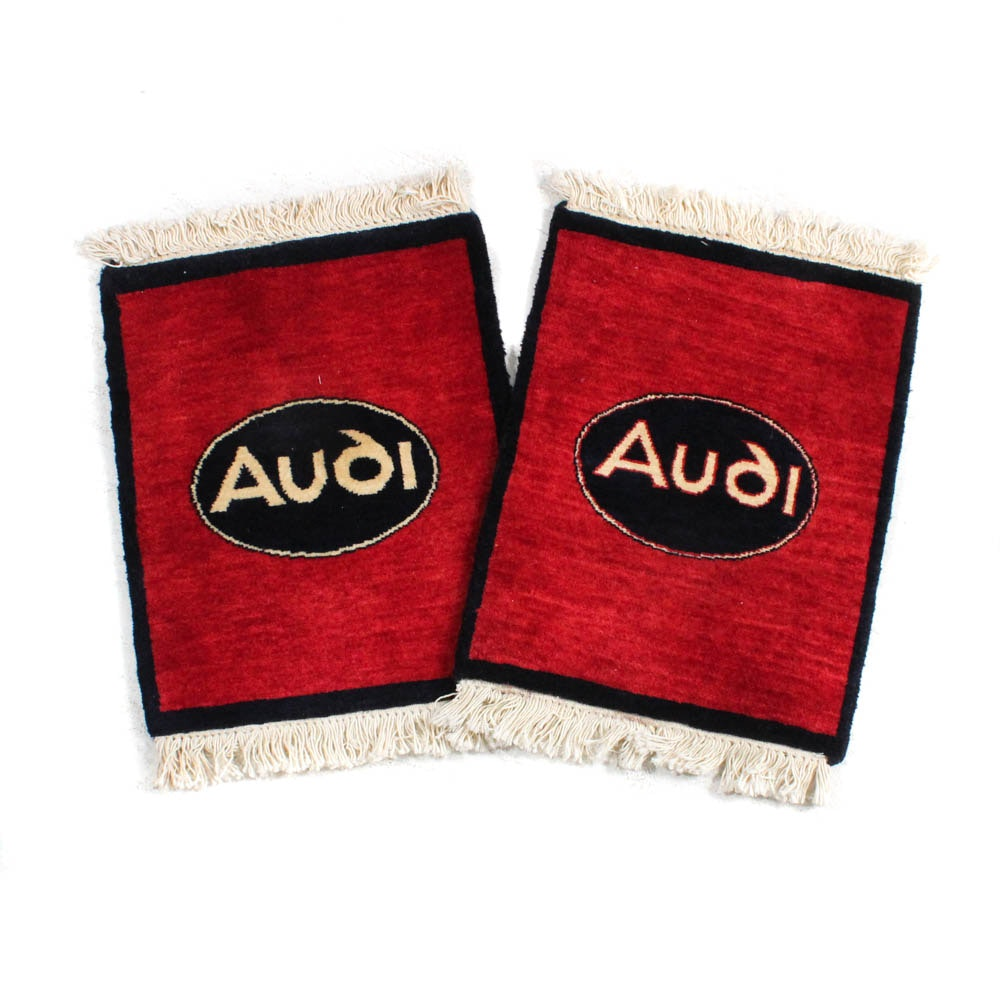 1'4 x 2'0 Hand-Knotted Indian Audi Car Mats