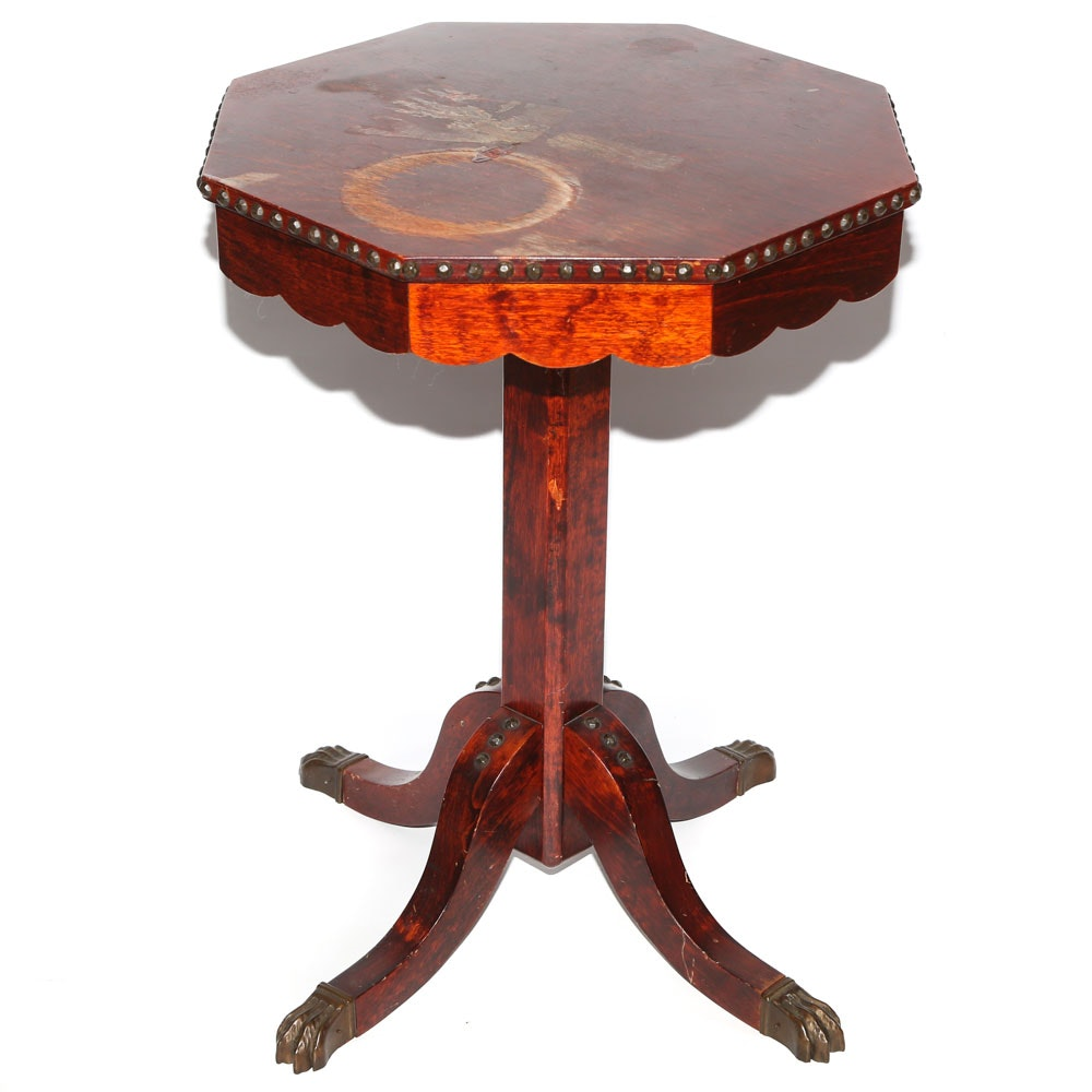 Federal Style Walnut Side Table, 20th Century