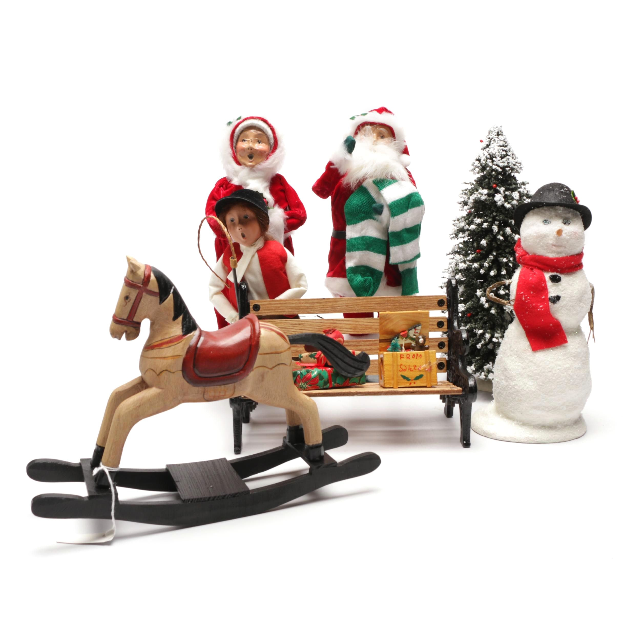 Contemporary Byer's Choice Christmas Figurines