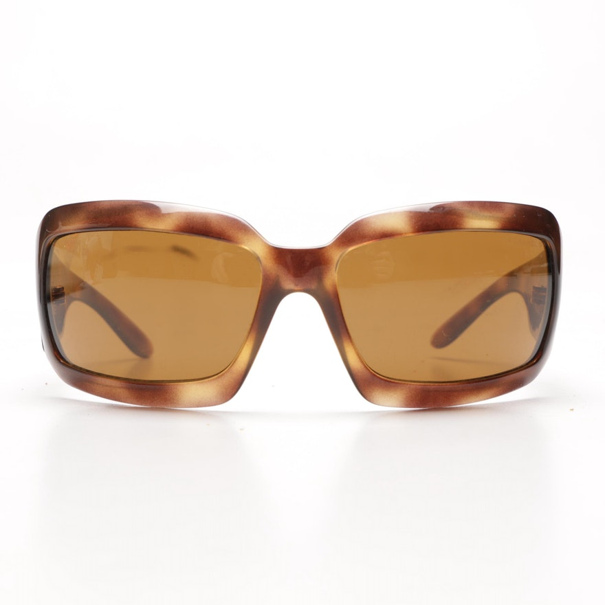 2d8d9b0fc9 Chanel Tortoiseshell Style Sunglasses with Case   EBTH