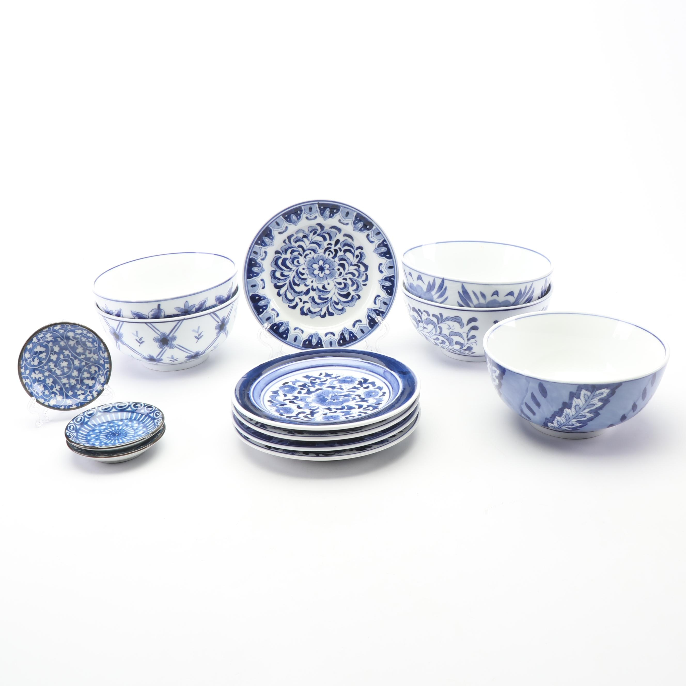 Contemporary Blue and White Ceramic Dinnerware