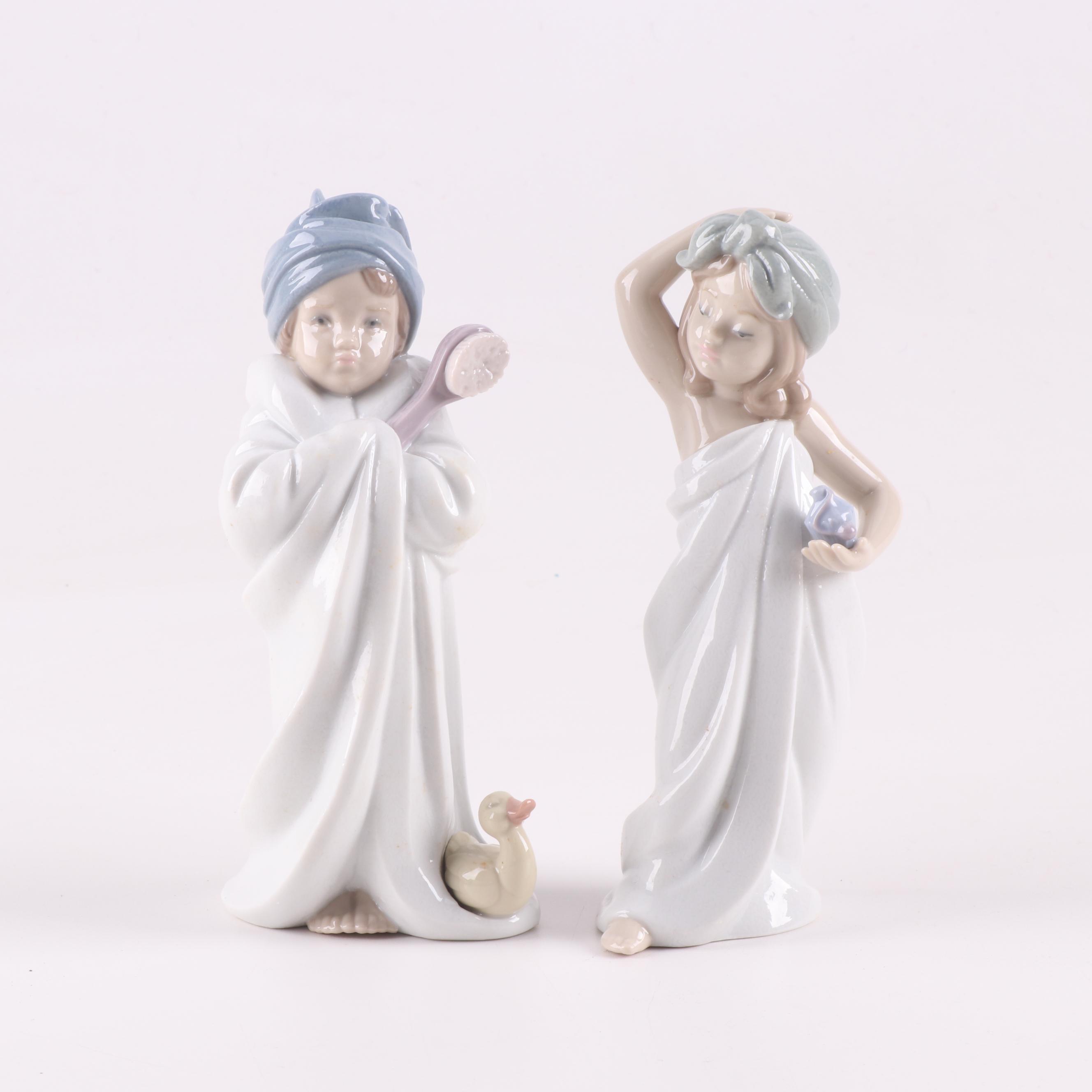 Lladr/ó Bundled Bather Figurine