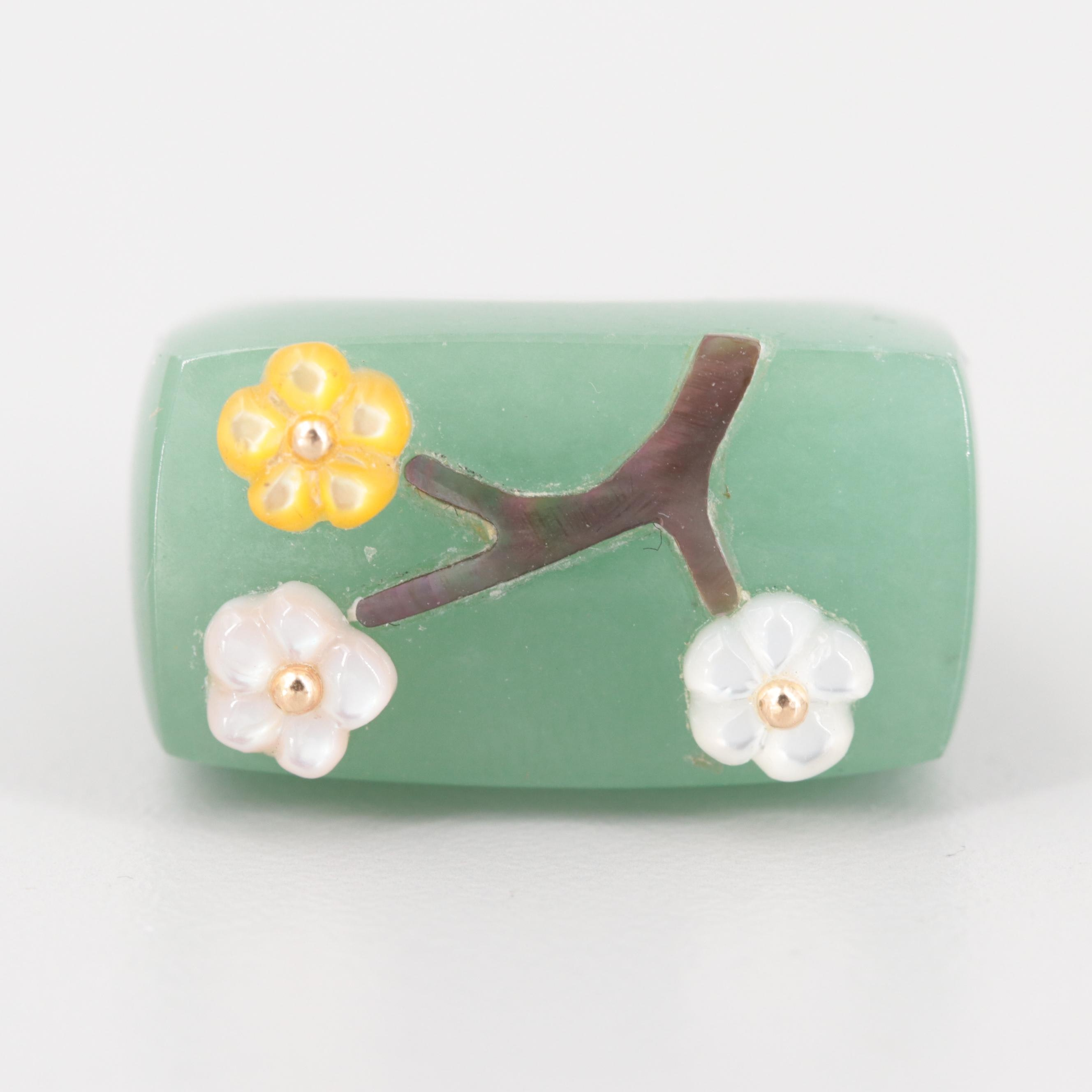 14K Yellow Gold Jadeite and Mother of Pearl Floral Ring