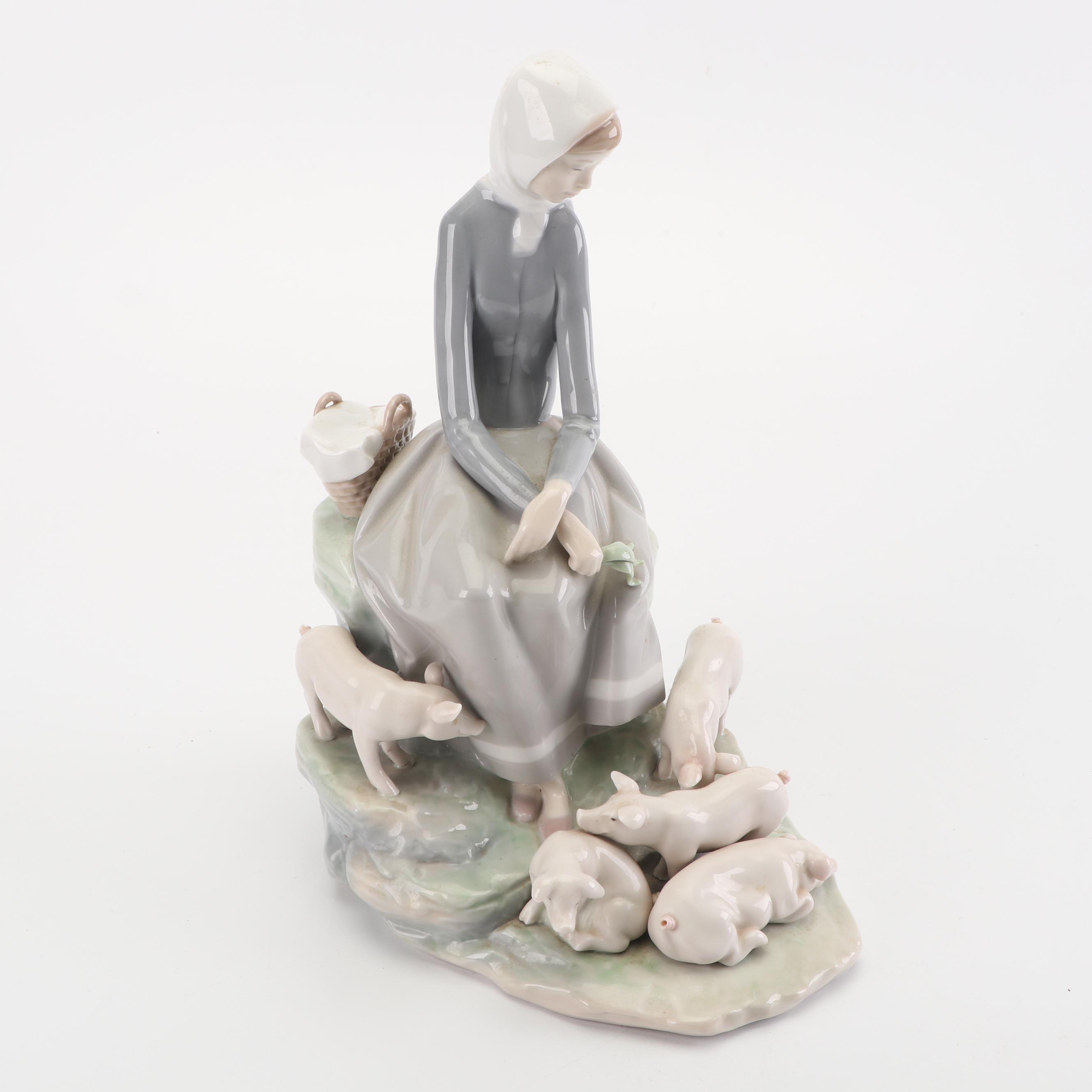 """Lladró """"Girl With Piglets"""" Porcelain Figurine"""