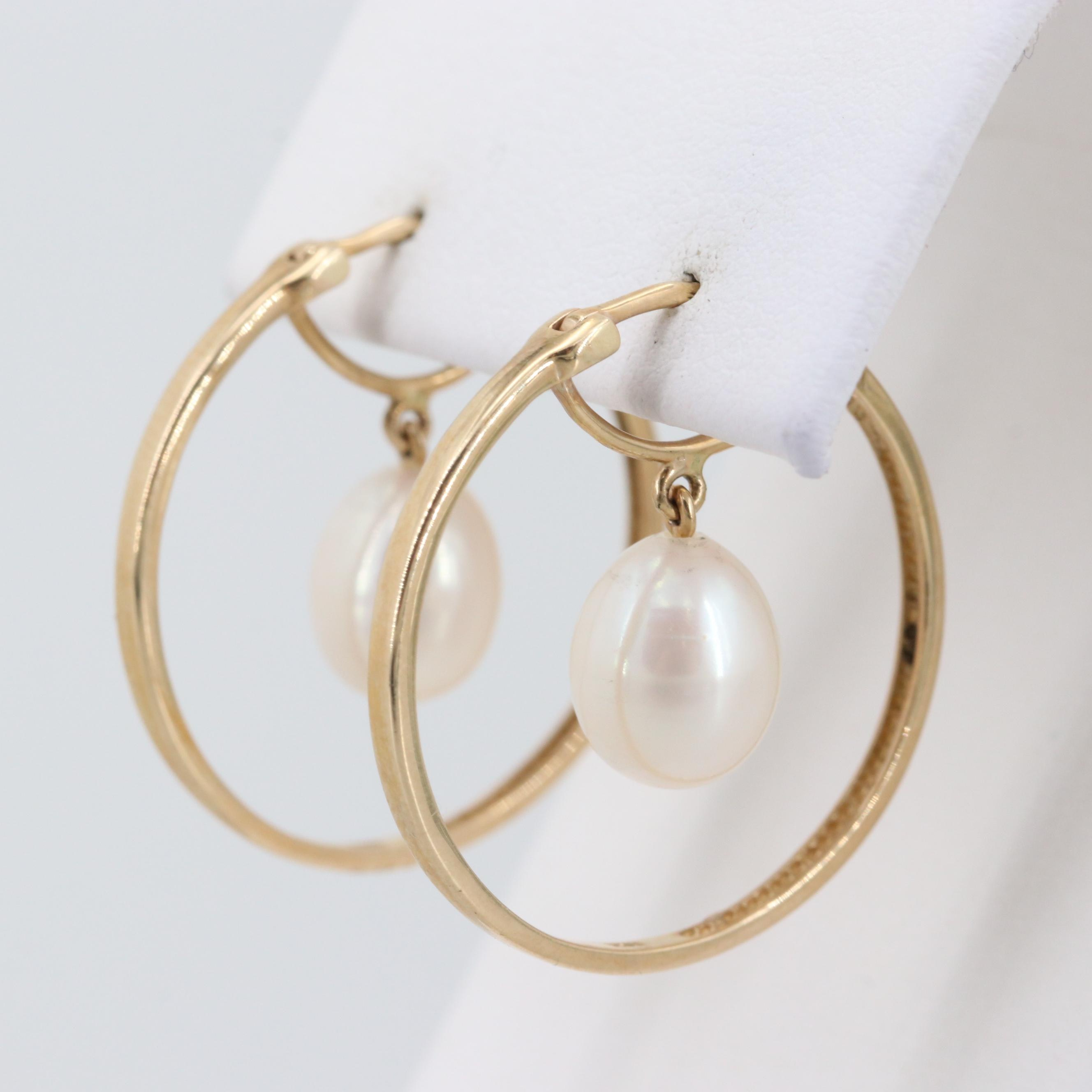10 Yellow Gold Cultured Pearl Earrings
