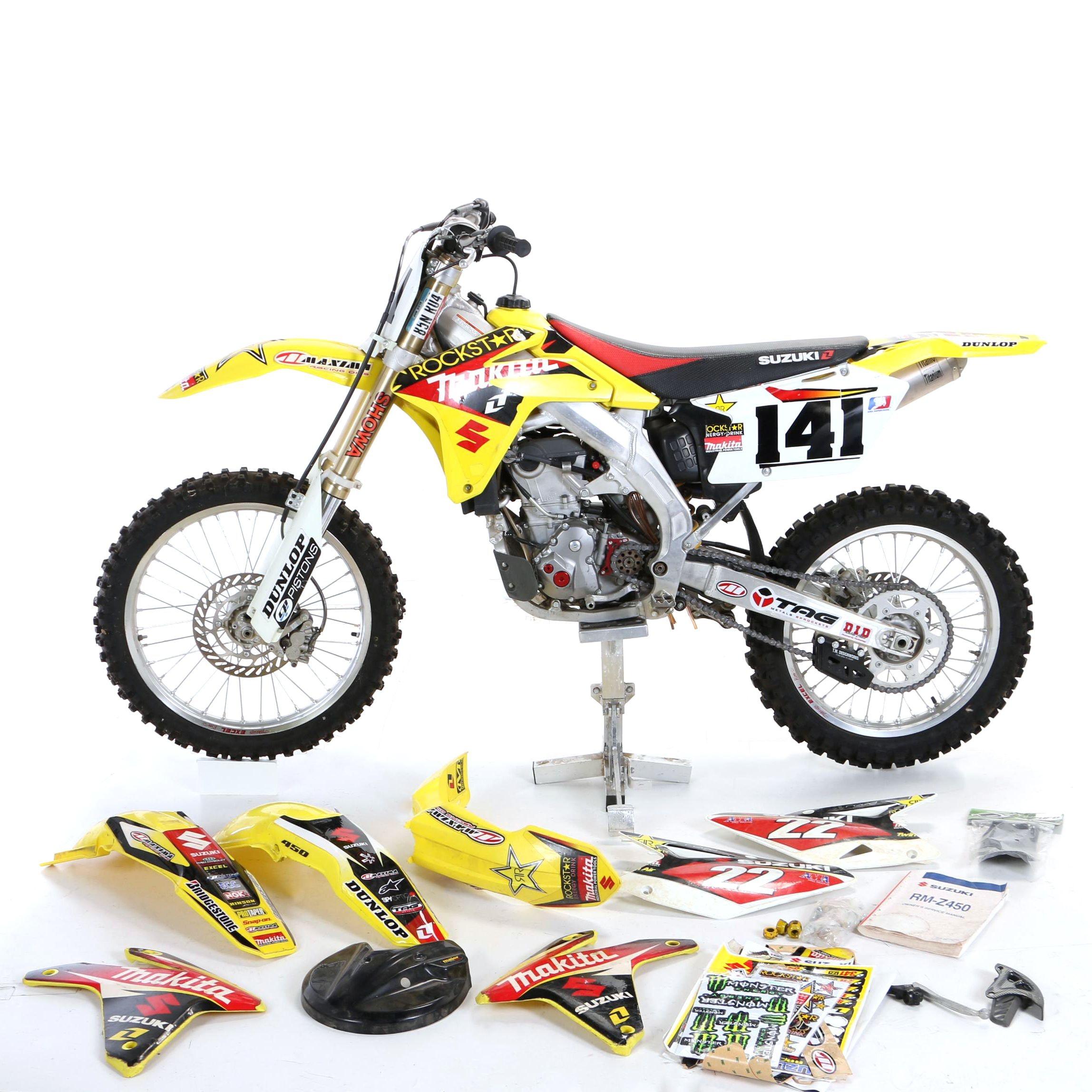2005 Suzuki RM-Z450 Motocross Motorcycle