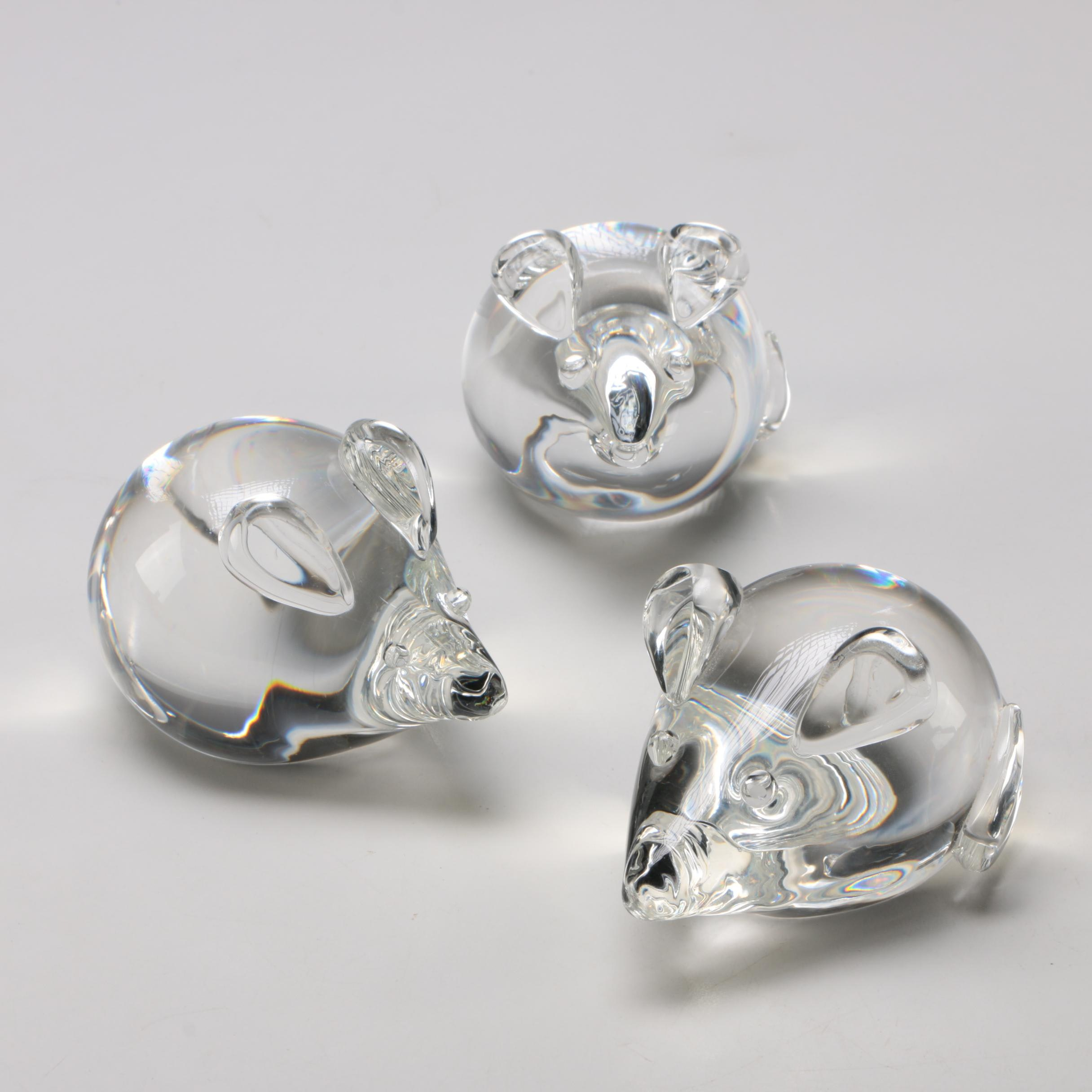 Steuben Art Glass Mice Figurines/Paperweights Designed by Lloyd Atkins, 1975