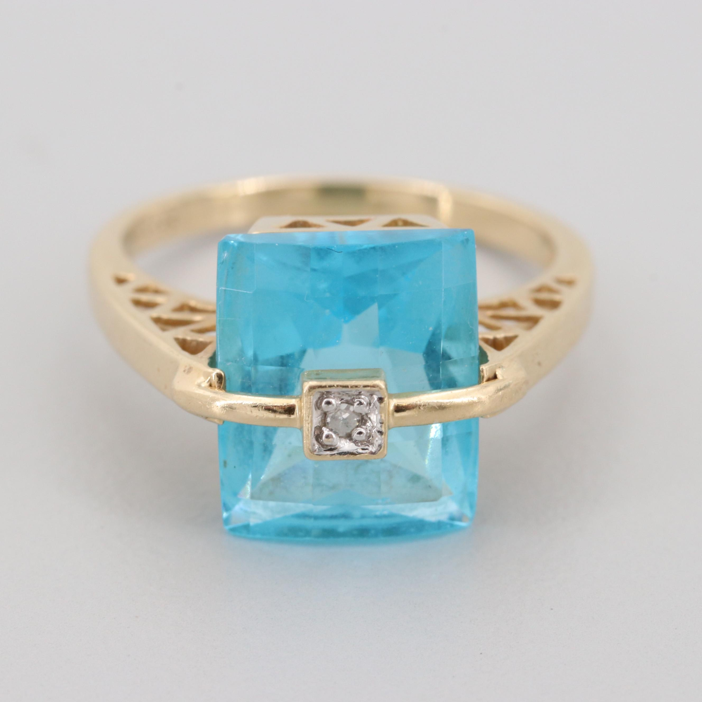 14K Yellow Gold Glass and Diamond Ring