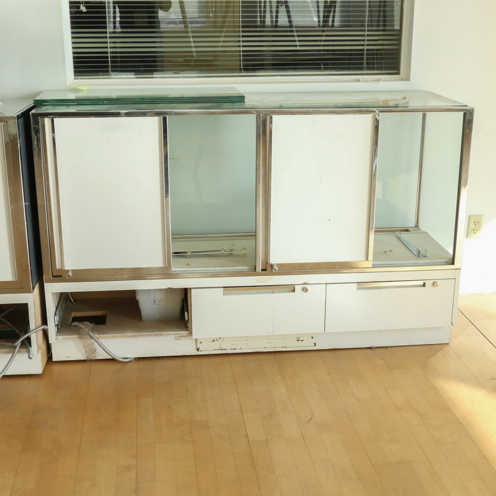 Glass and Chrome Finish Commercial Display Cabinet