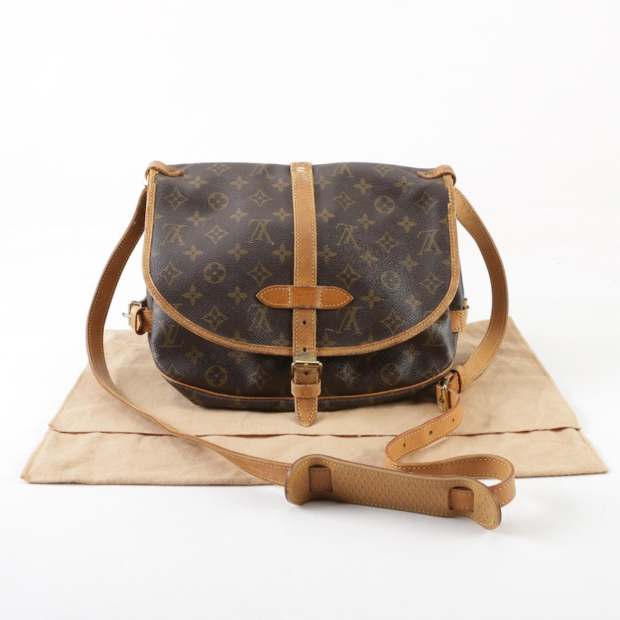267b9e8adfcd 1991 Vintage Louis Vuitton Paris Monogram Canvas Saumur MM Crossbody Bag    EBTH