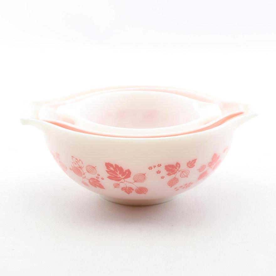 "Vintage Pyrex ""Gooseberry"" Nesting Bowls"