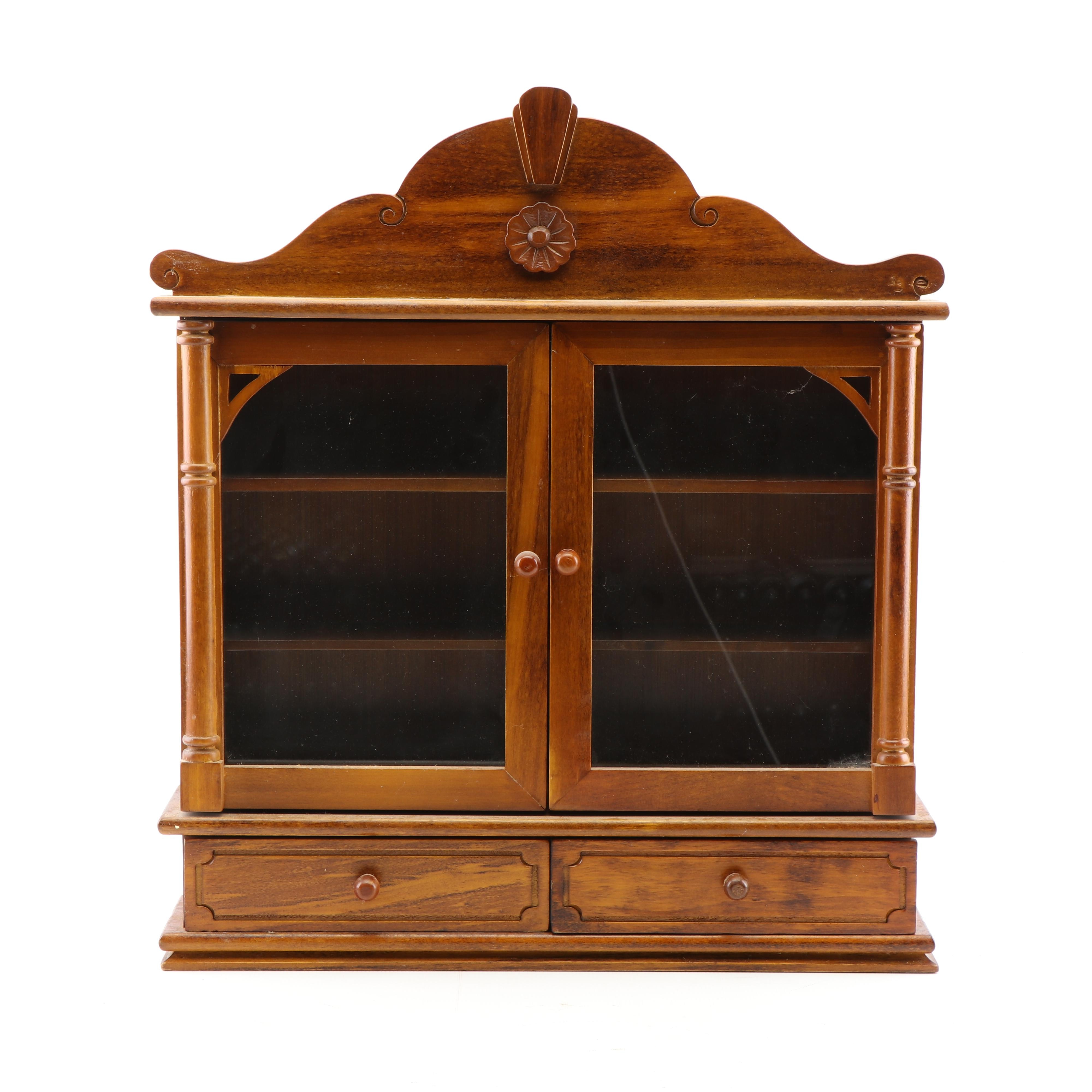 Federal Style Wooden Wall Hang Curio Cabinet, 21st Century