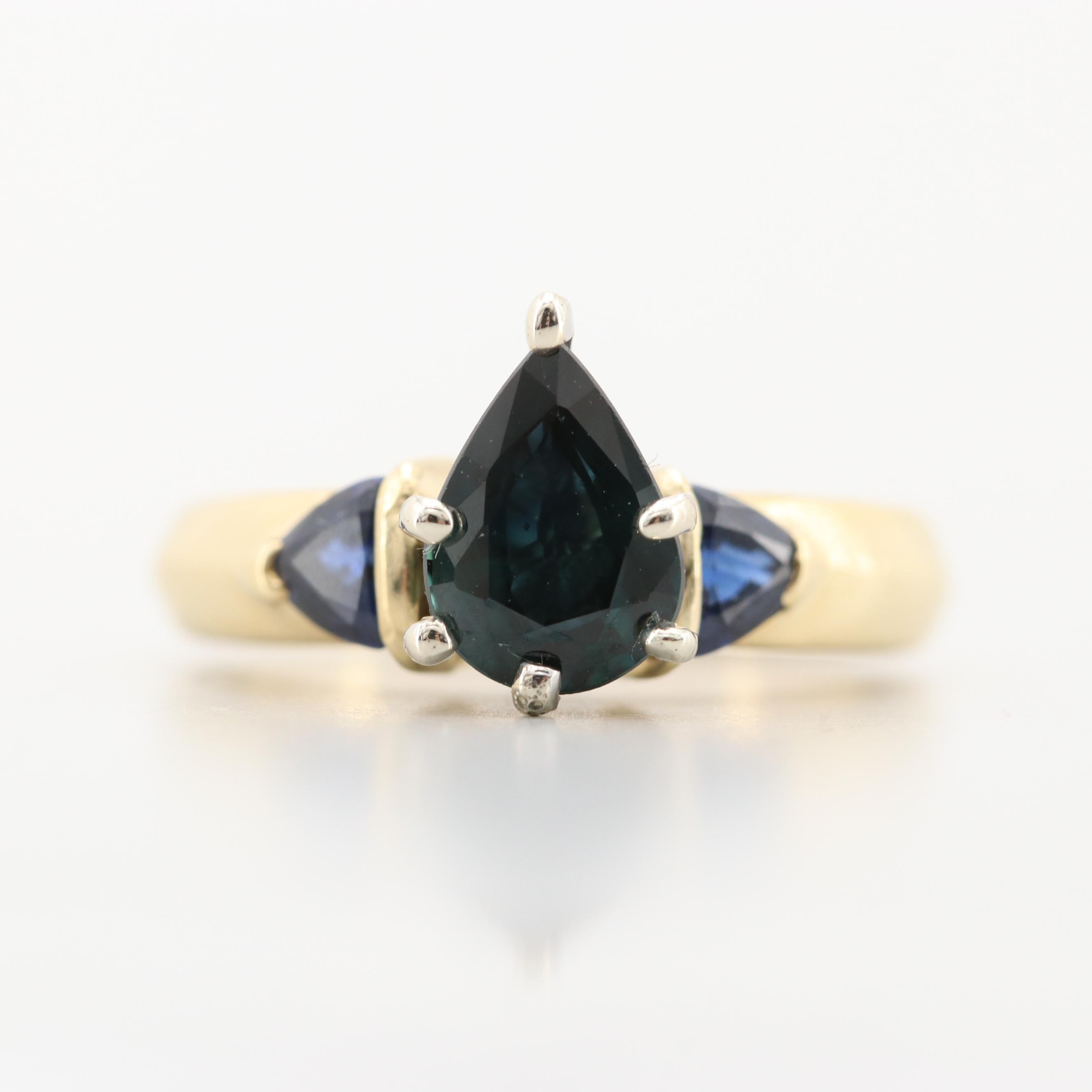 18K Yellow Gold Blue Sapphire Ring