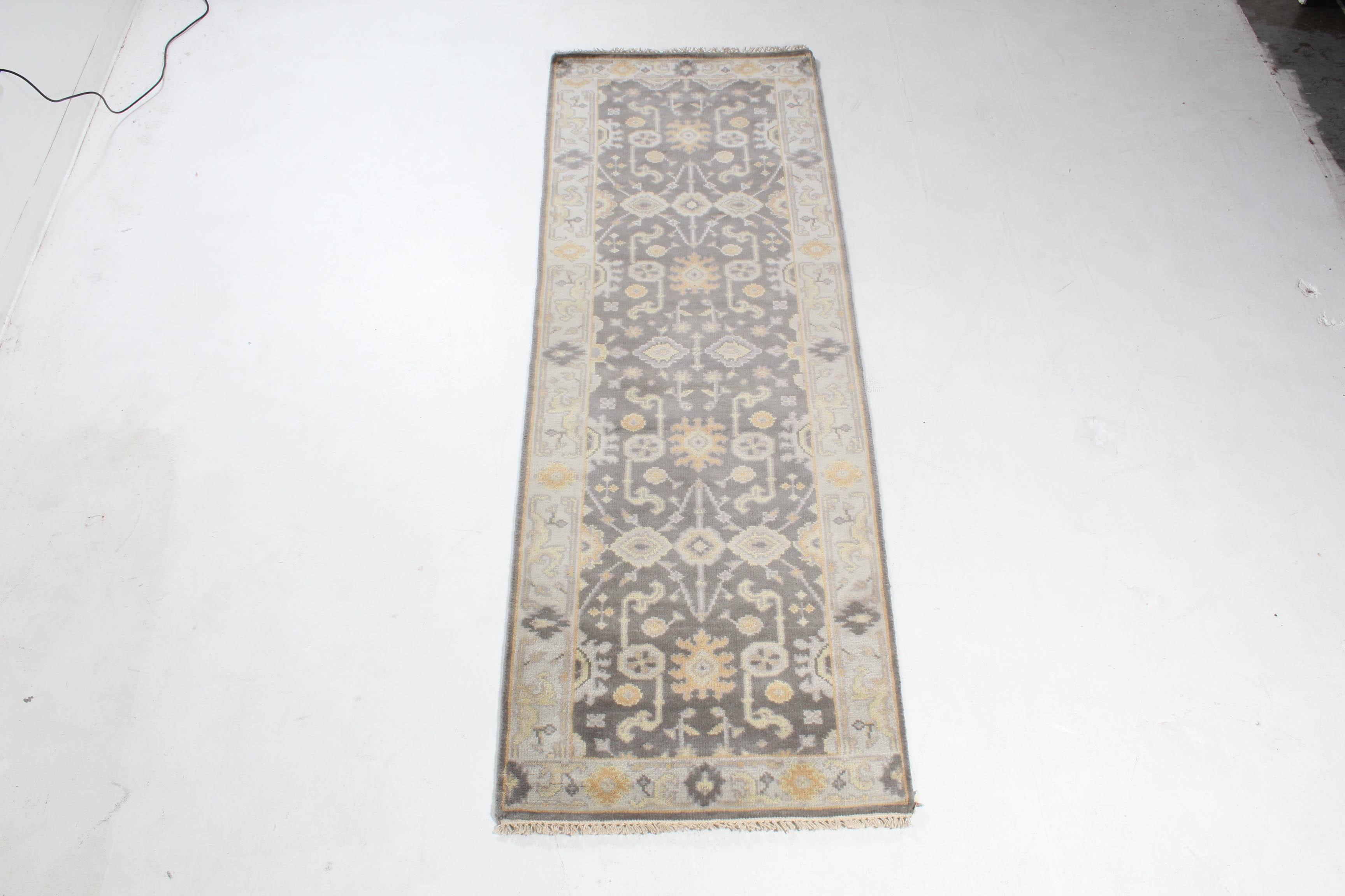 2.8' x 8.1' Hand-Knotted Indo-Turkish Oushak Chobi Carpet Runner
