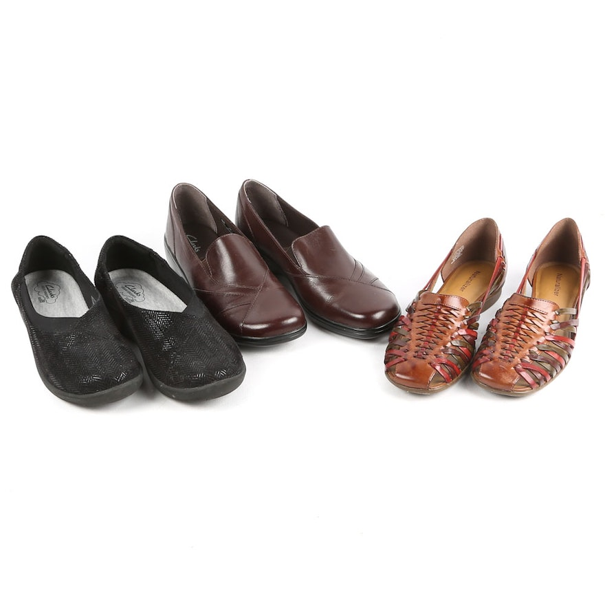2a44de622b24 Women s Clarks Flats and Loafers and Naturalizer Woven Huaraches   EBTH