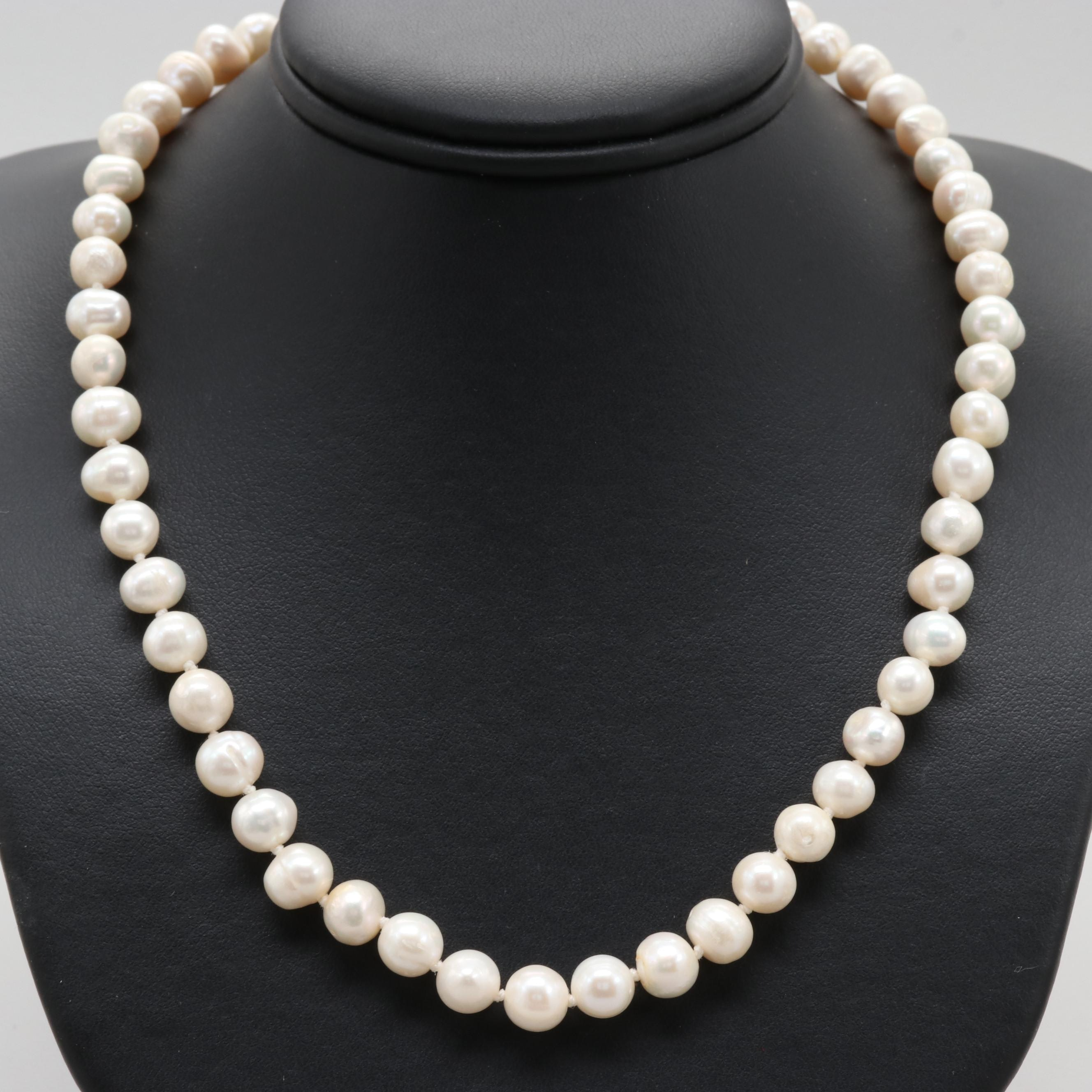 10K Yellow Gold Clasped Cultured Freshwater Pearl Necklace