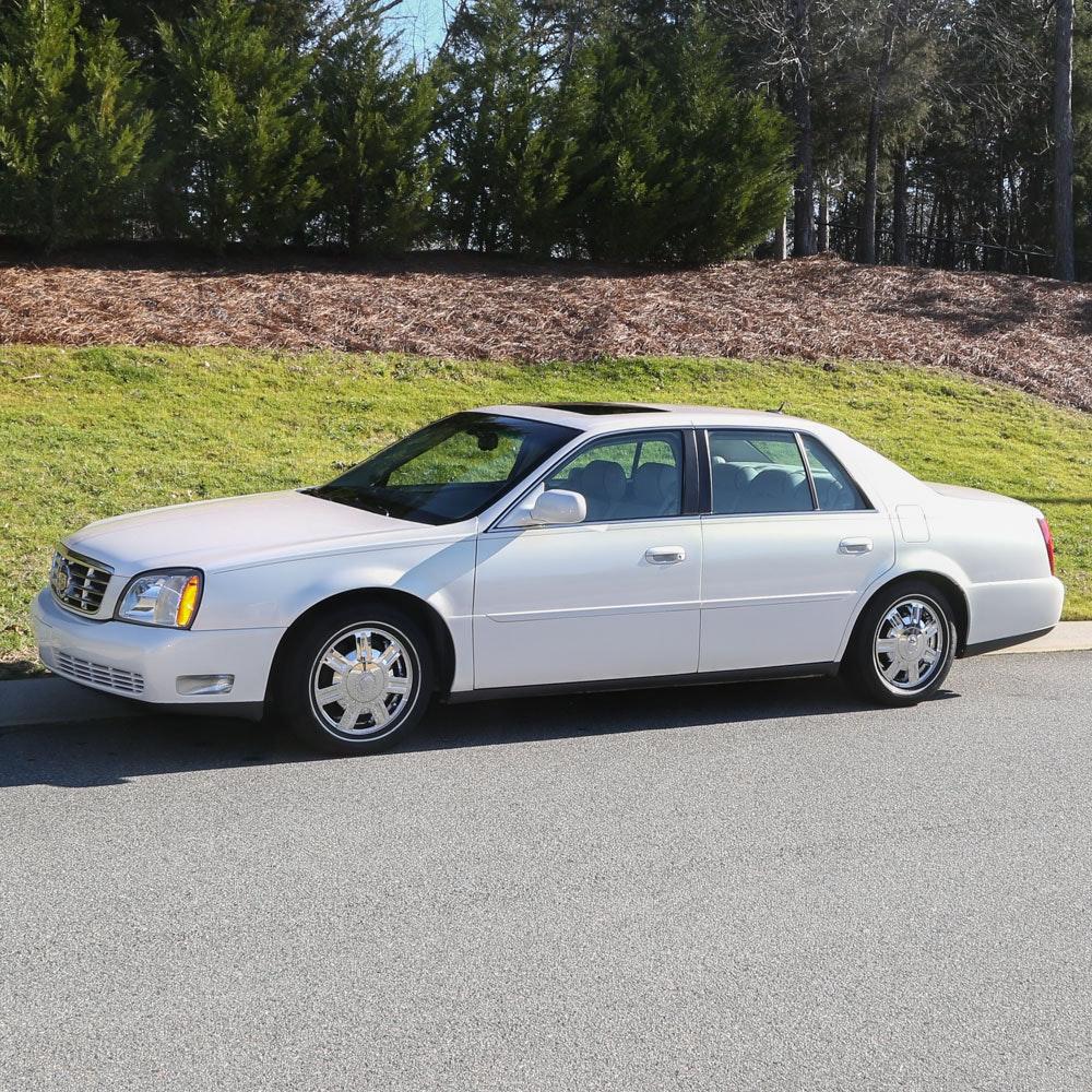 2005 Cadillac DeVille Luxury Sedan