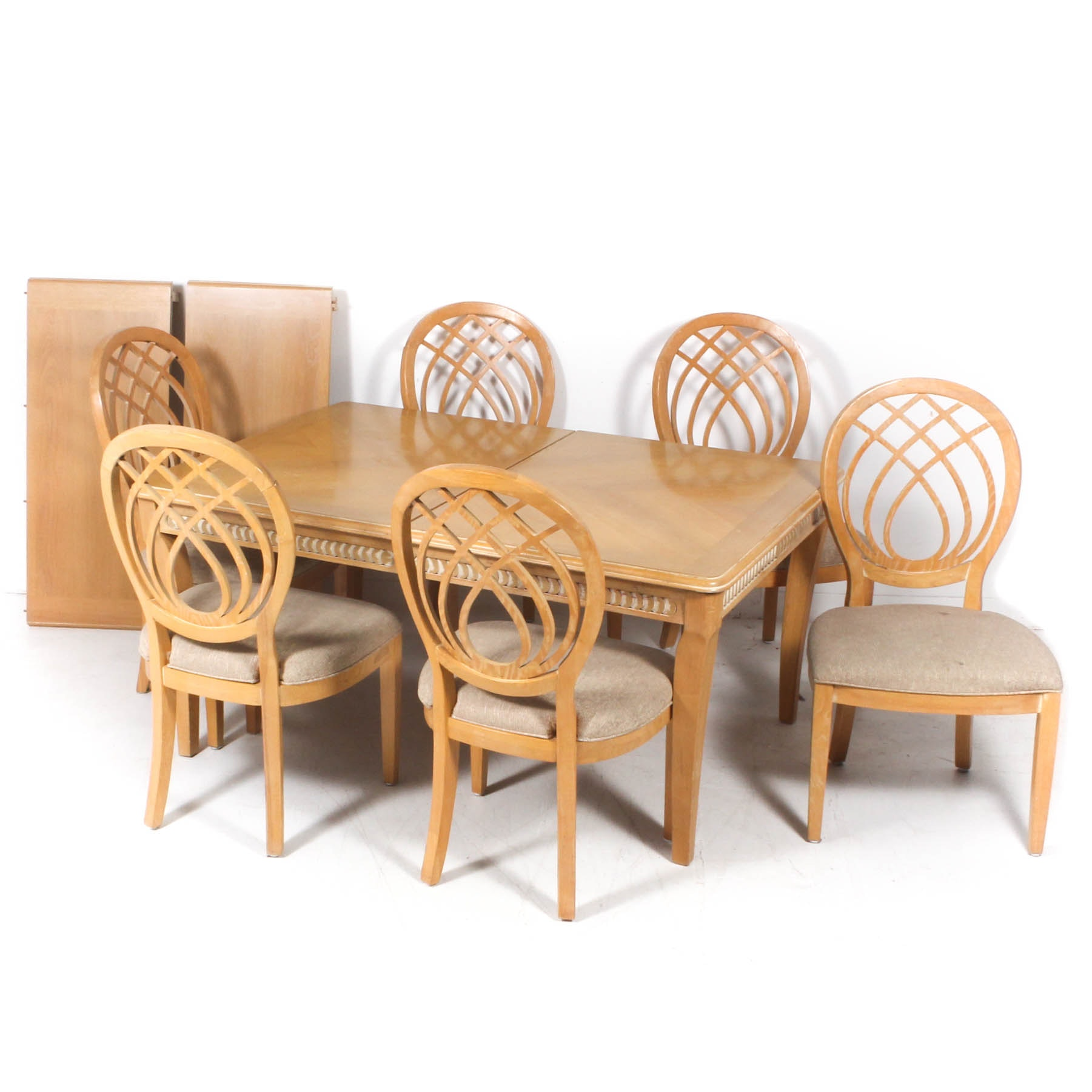 Dining Set Featuring Broyhill Chairs