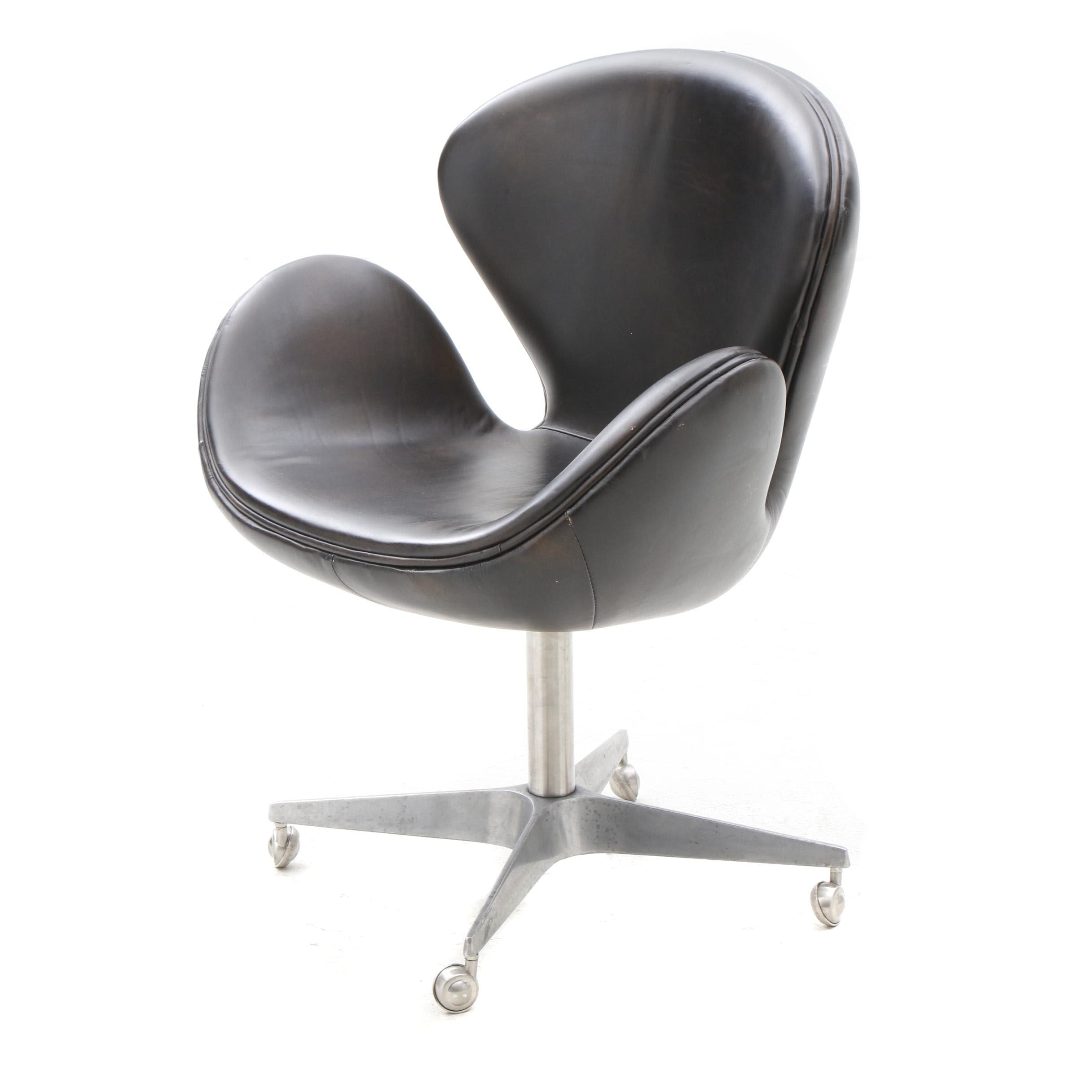 "Arne Jacobsen Style ""Swan"" Chair"