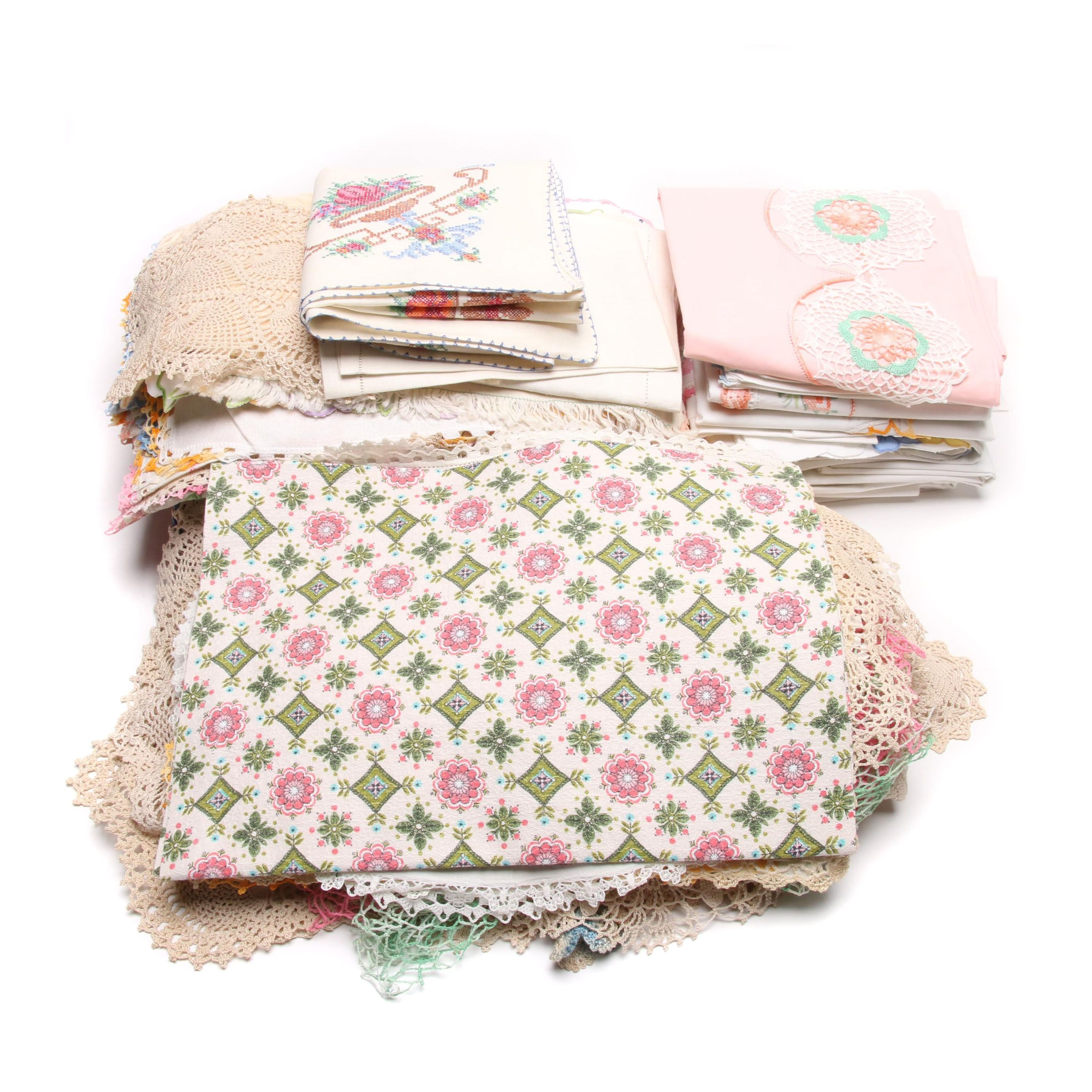 Vintage Table Linens,Textiles and Bedding