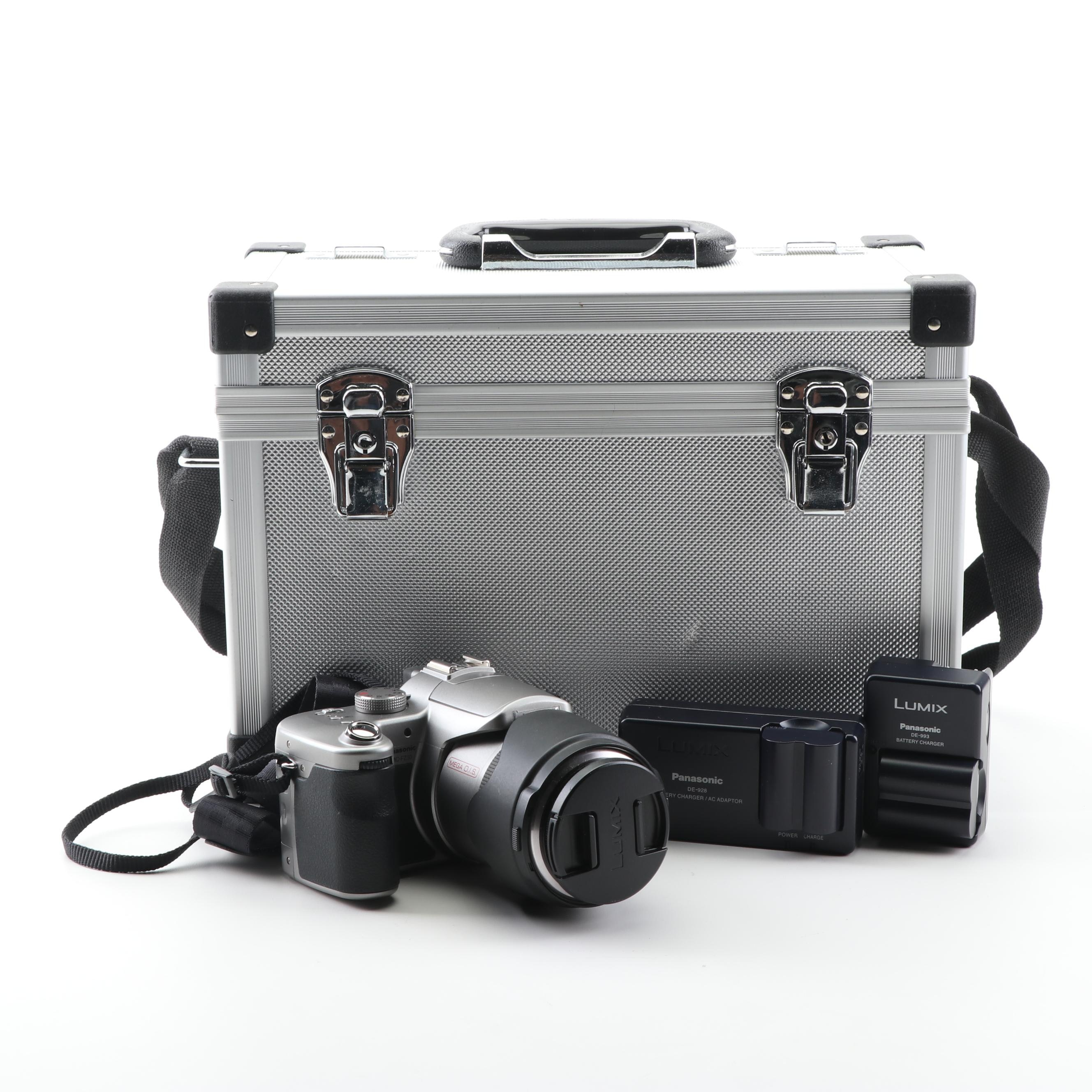 Panasonic DMC-FZ30 Lumix Digital Camera with Camera Case