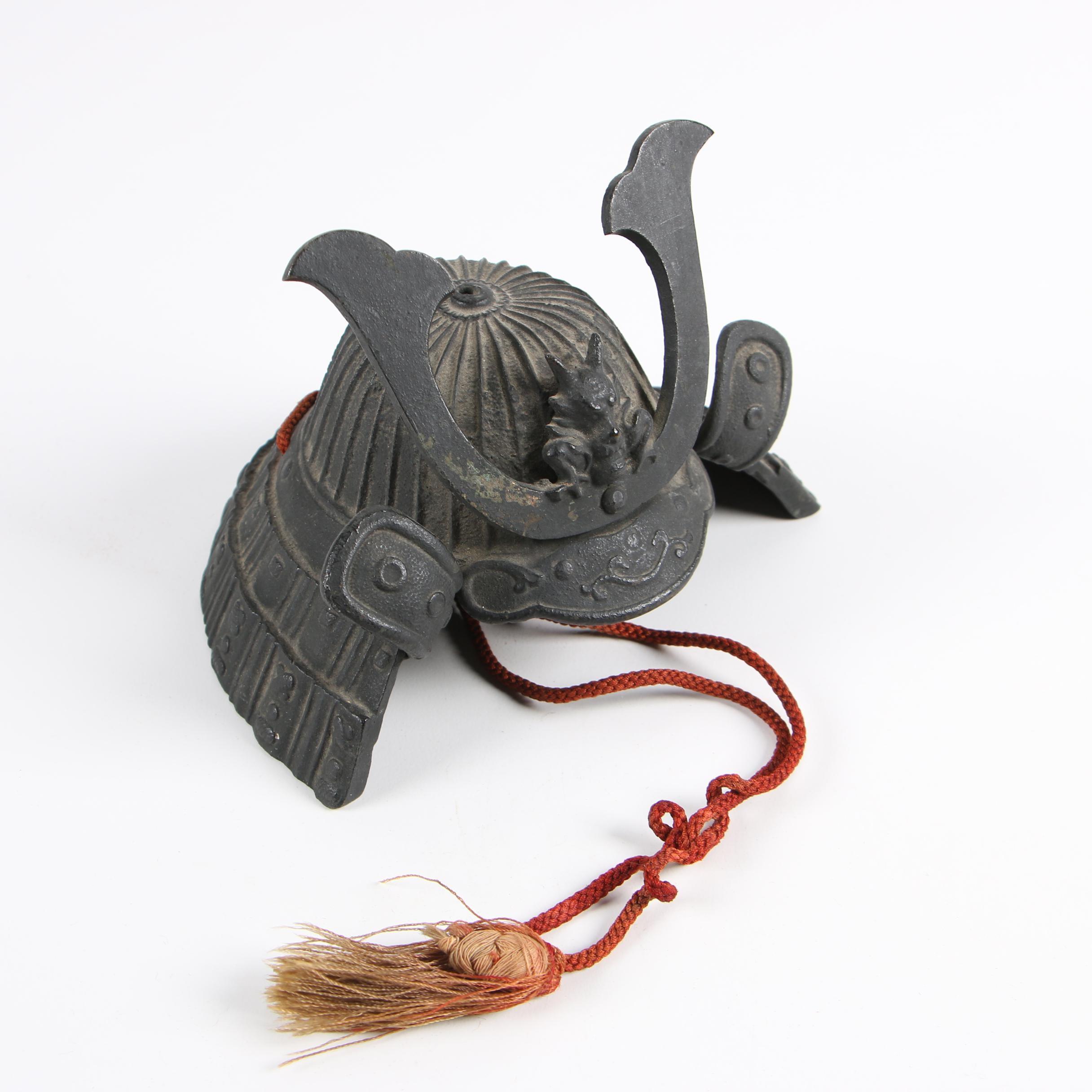 Miniature Replica Japanese Samurai Kabuto Helmet