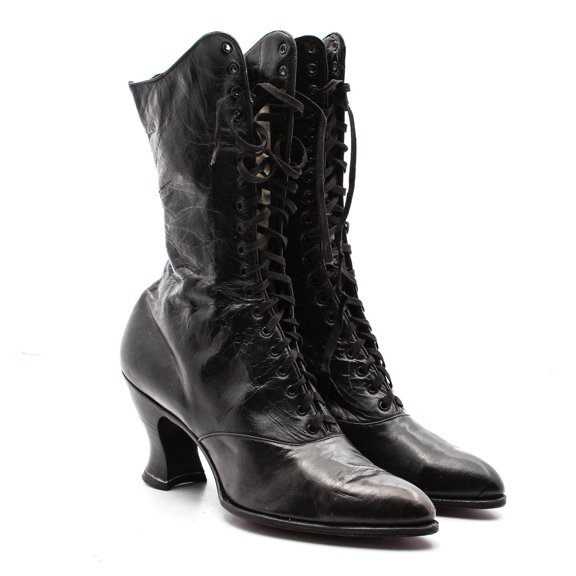 Vintage Dorothy Dodd Victorian Style Black Leather Lace-up Heeled Boots