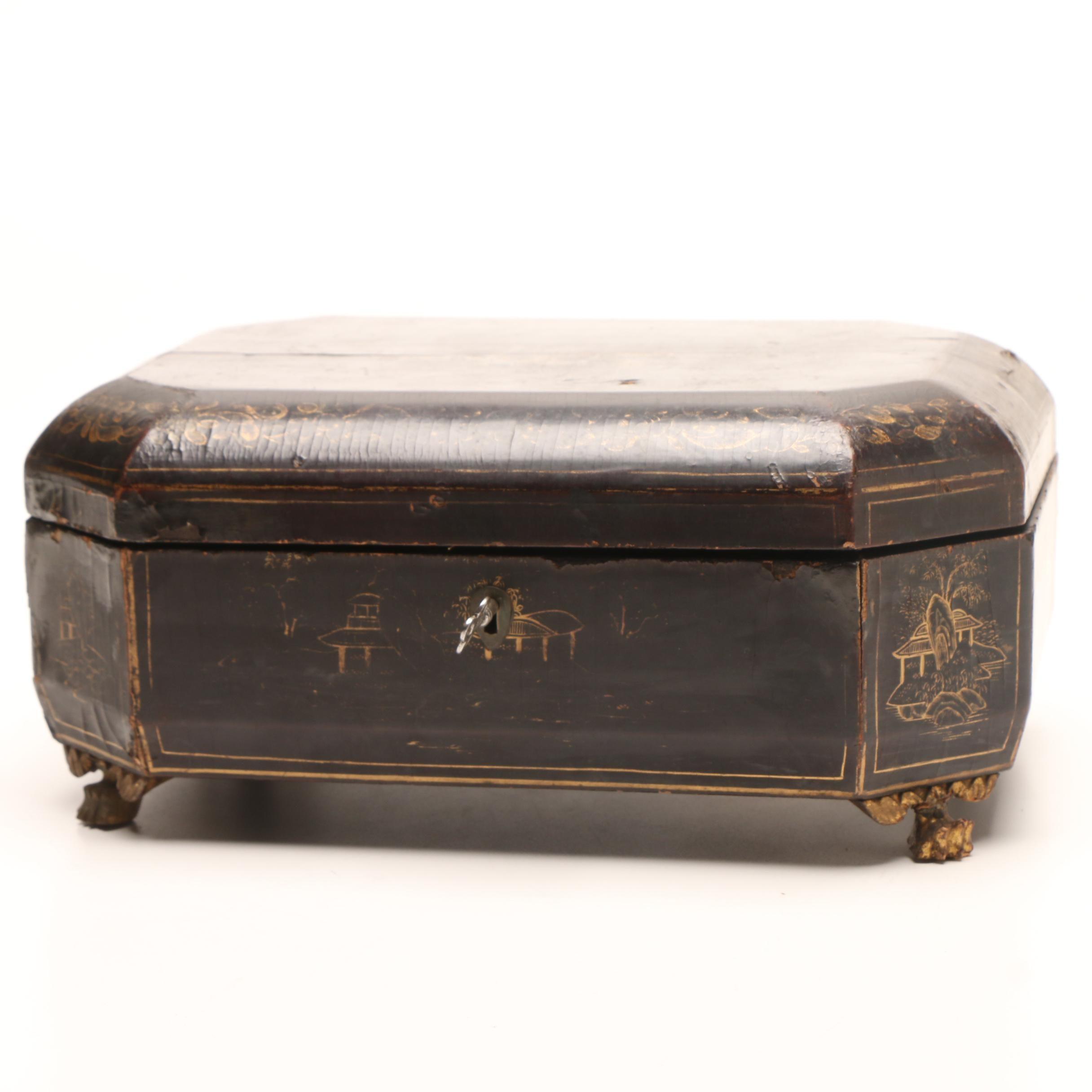 Antique Chinese Papier-mâché Jewelry Box