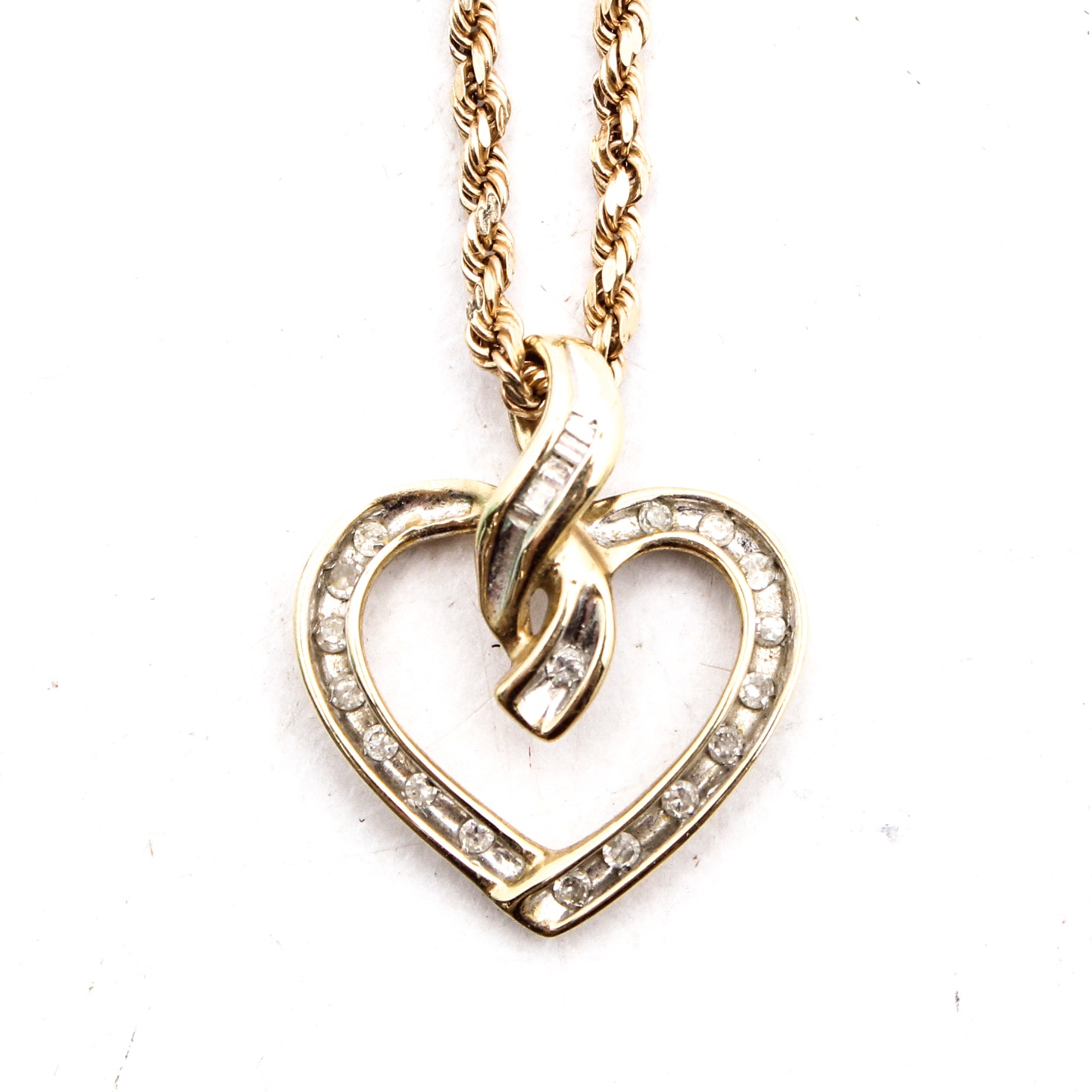 14K Yellow Gold Chain with Diamond Pendant