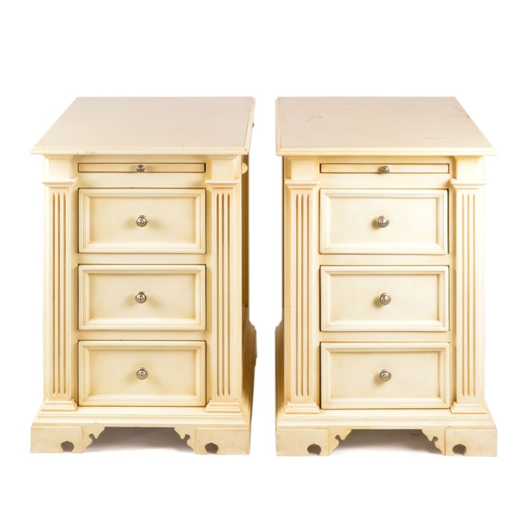 Federal Style Painted Three-Drawer Nightstands, 21st Century