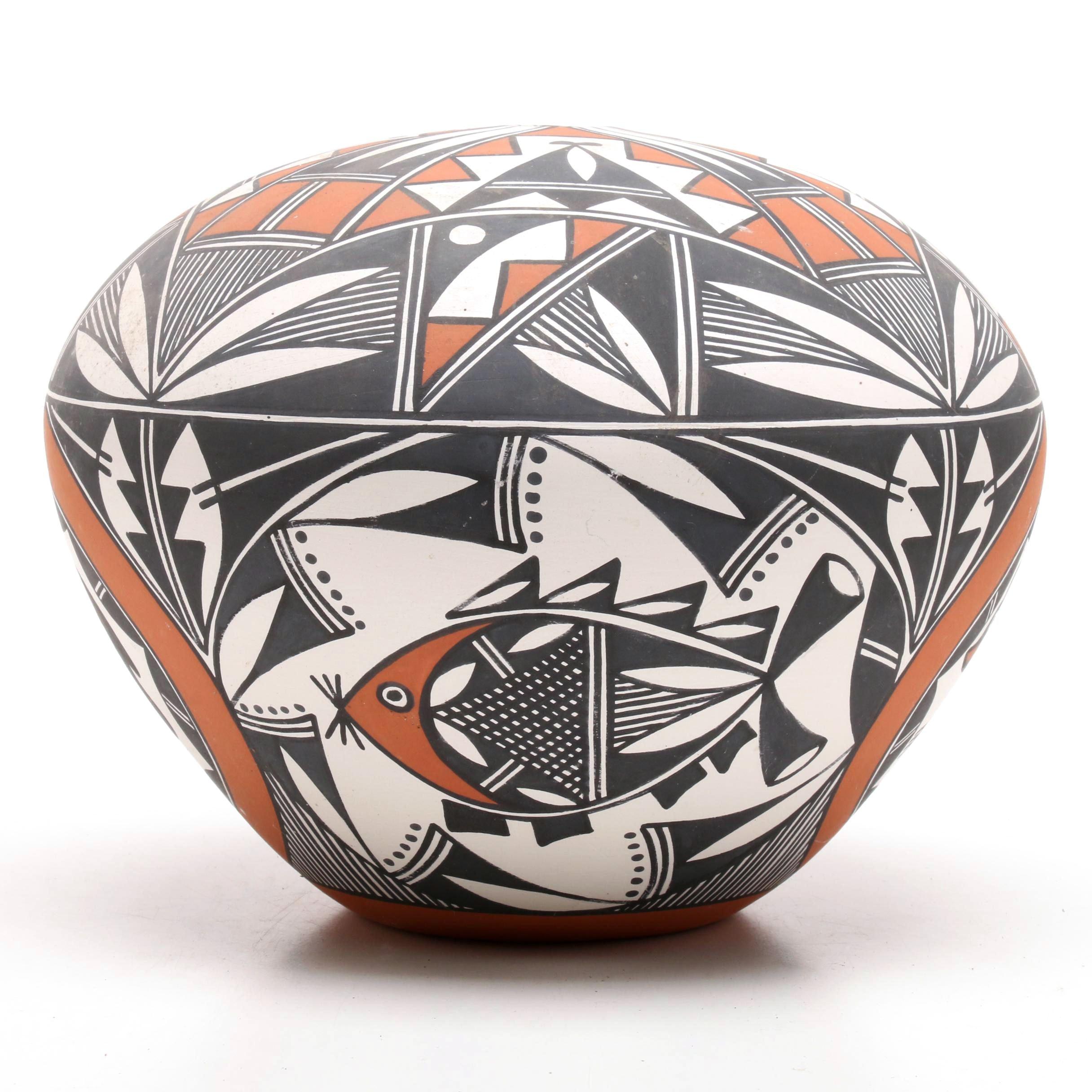 Howeya Acoma Earthenware Seed Pot