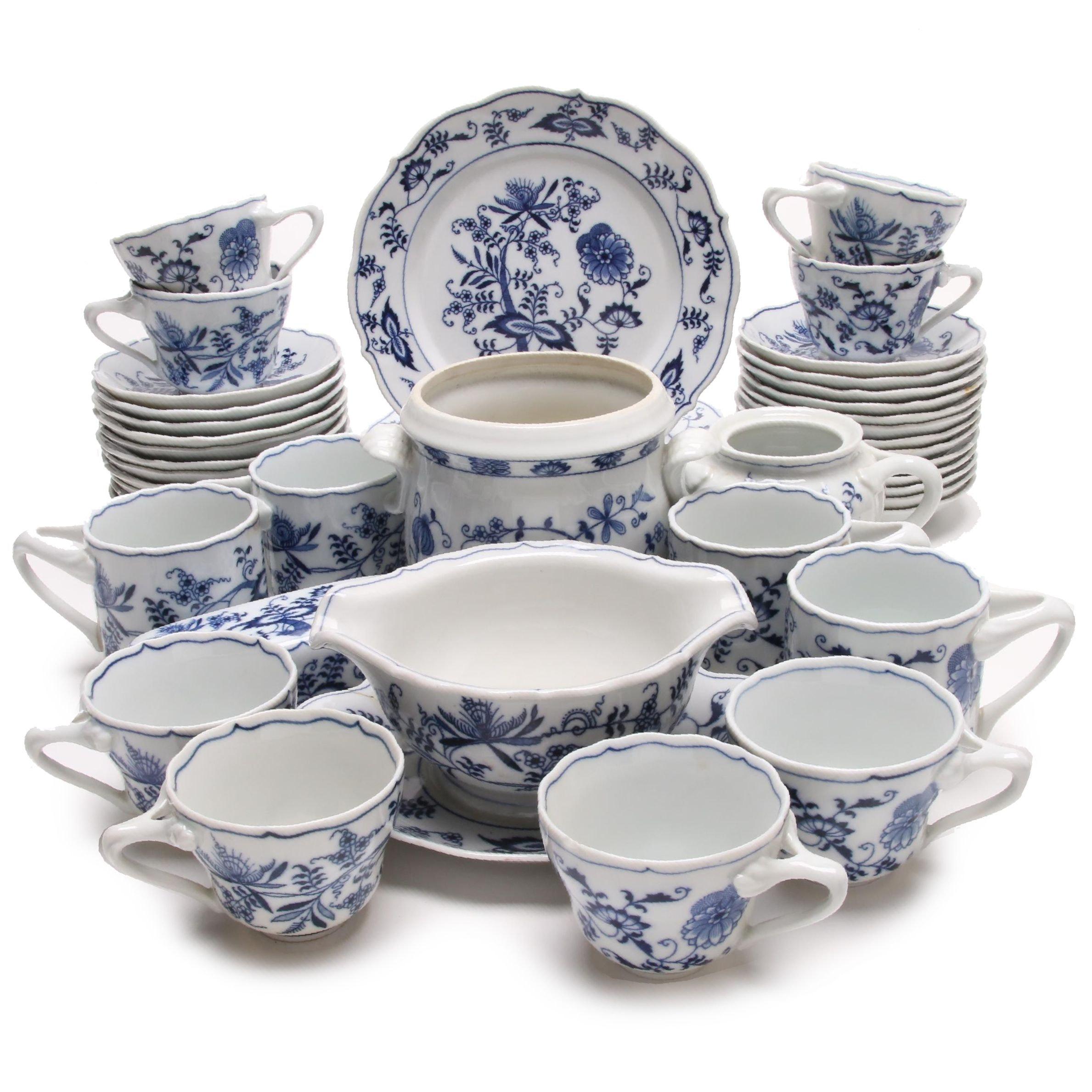 """""""Blue Danube"""" Porcelain Tableware with Vienna Woods Jar"""