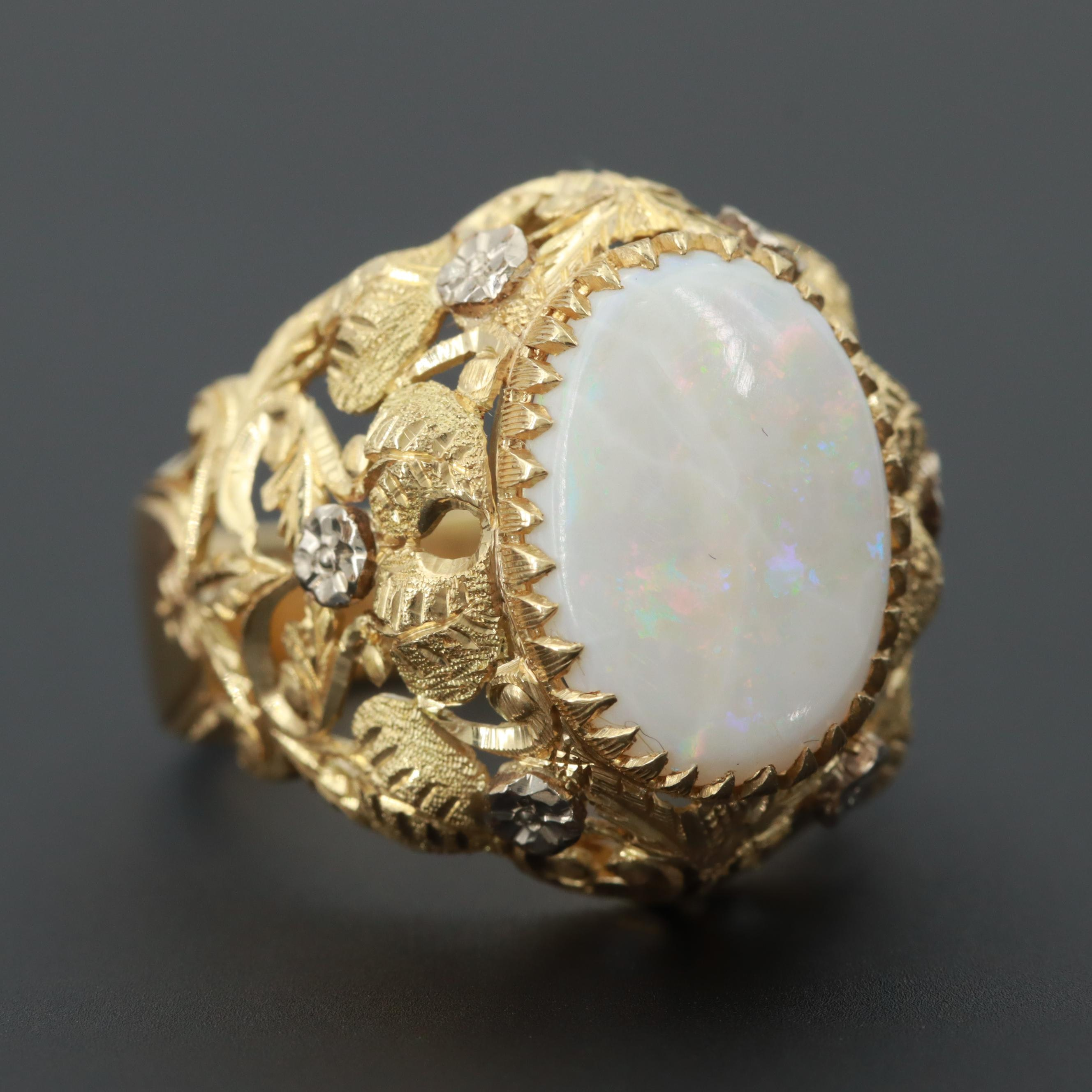 18K Yellow Gold Opal Openwork Leaf Motif Ring