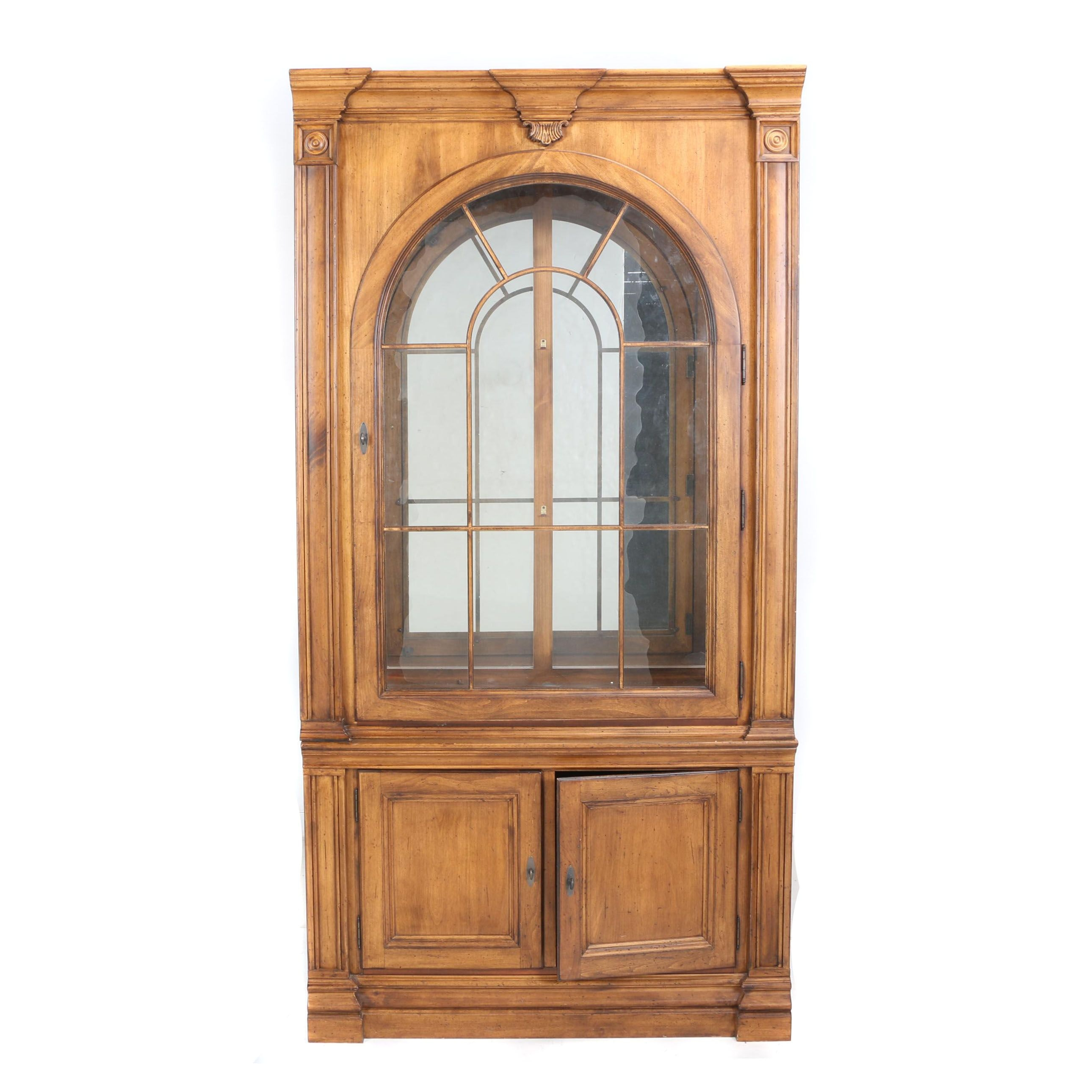 """Contemporary """"Southern Living Collection"""" Display Cabinet by Lexington Furniture"""