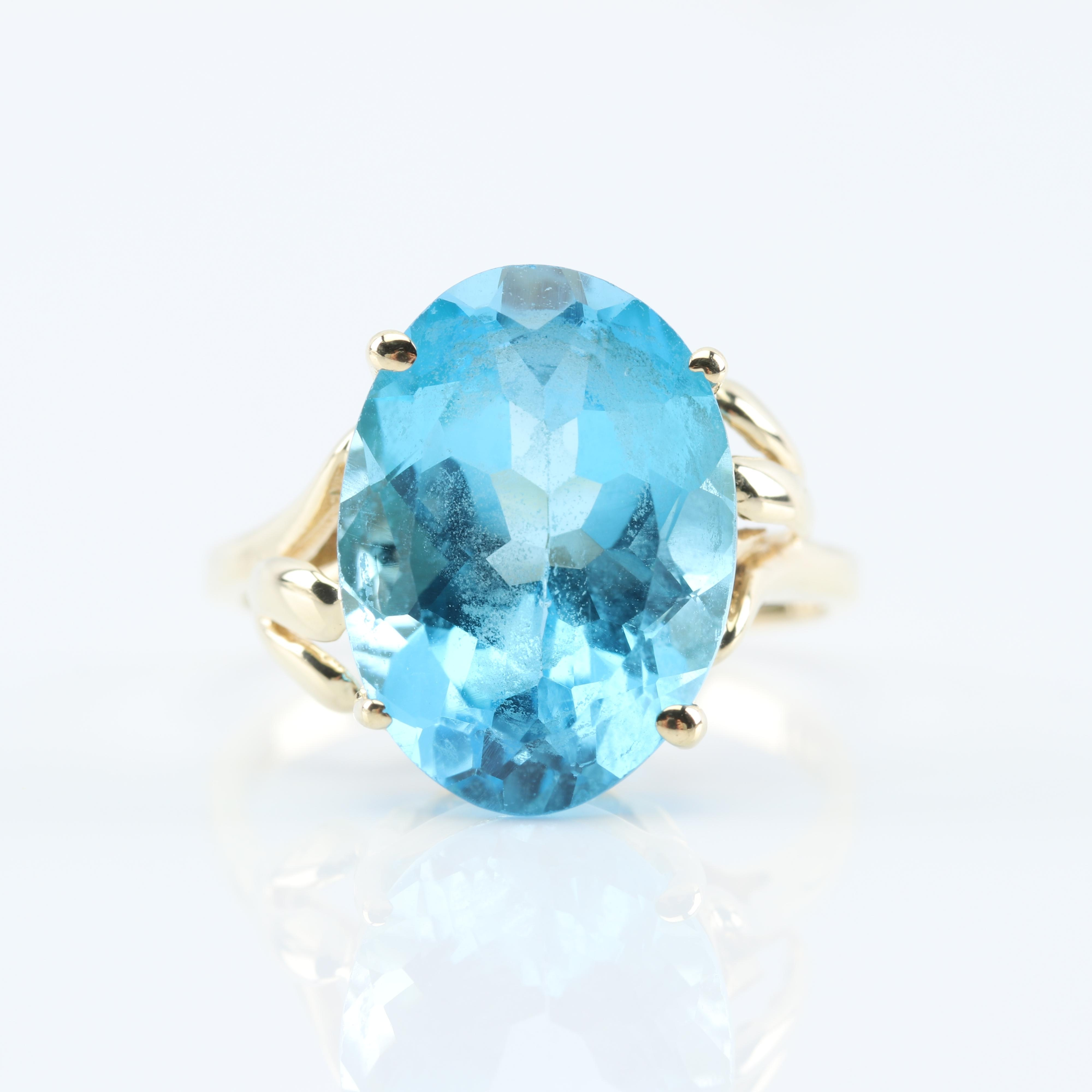 10K Yellow Gold and 7.00 CT Blue Topaz Ring