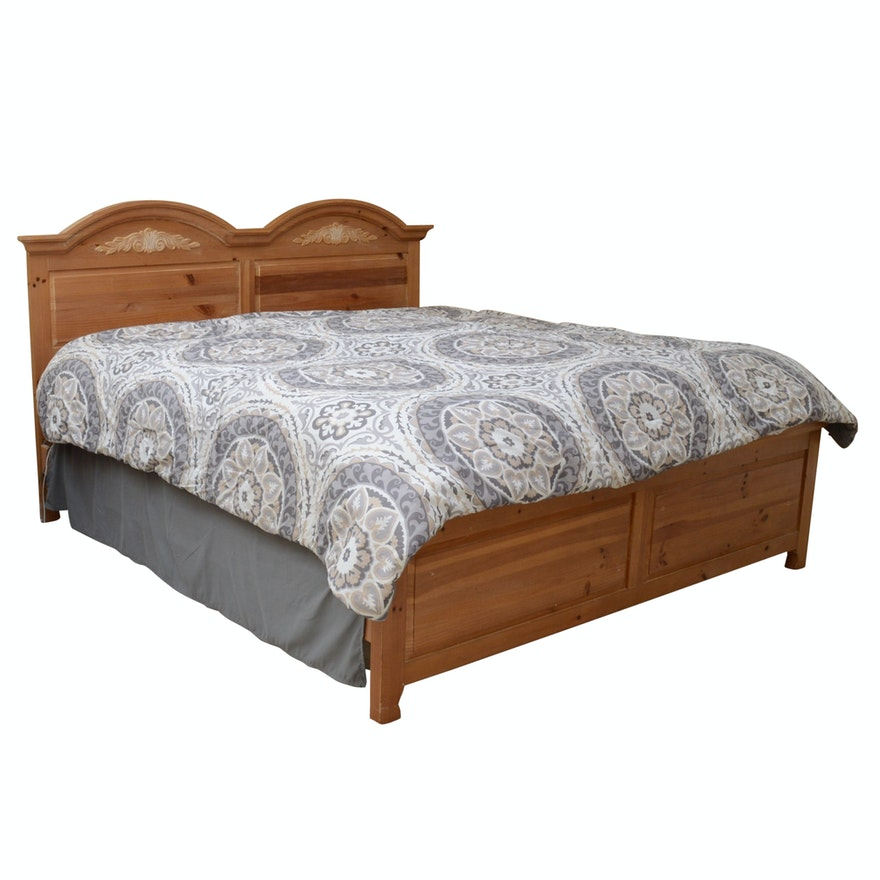 Broyhill Fontana Pine King Bed Frame