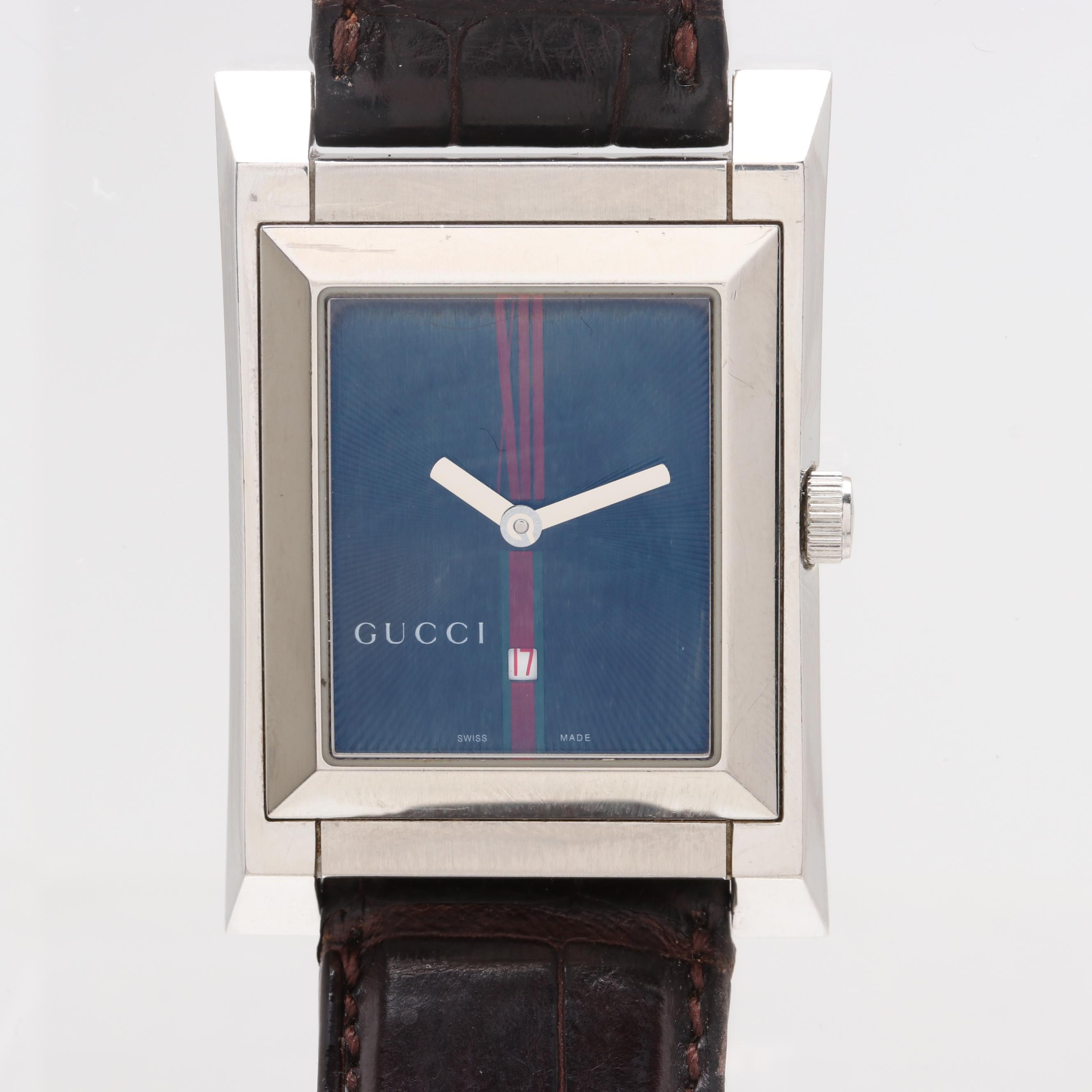 Gucci 111M Swiss Quartz Wristwatch